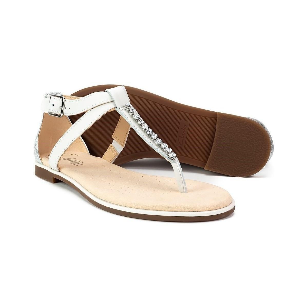 4452cb20f615 Clarks Bay Poppy Women s Sandals In White in White - Lyst