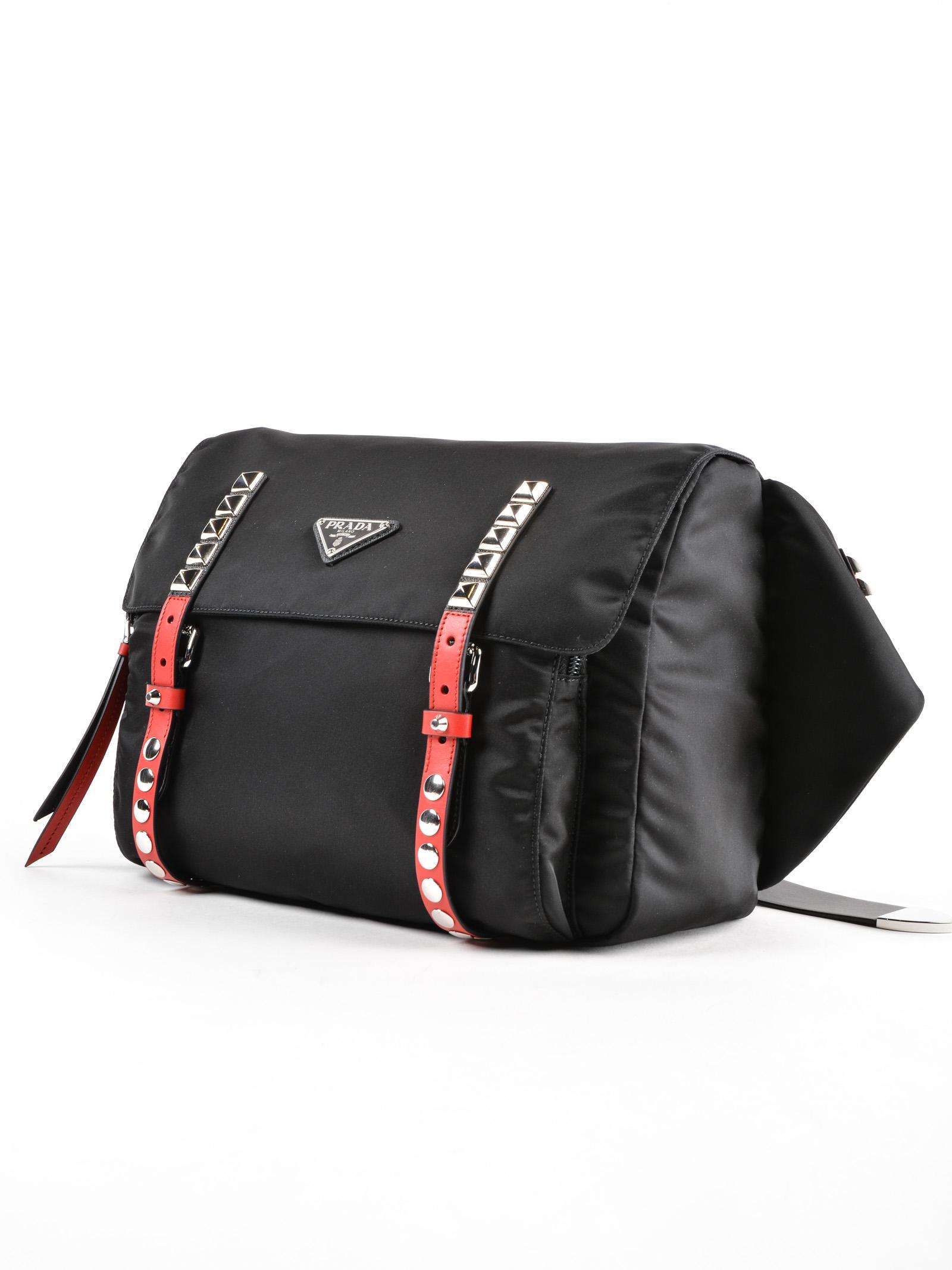 faaab8993329 Prada Belt Bag New Vela in Black - Lyst