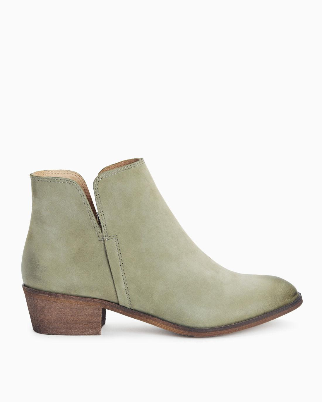 1b841d08ff66 Lyst - Splendid Hamptyn Zipper Bootie in Green - Save ...
