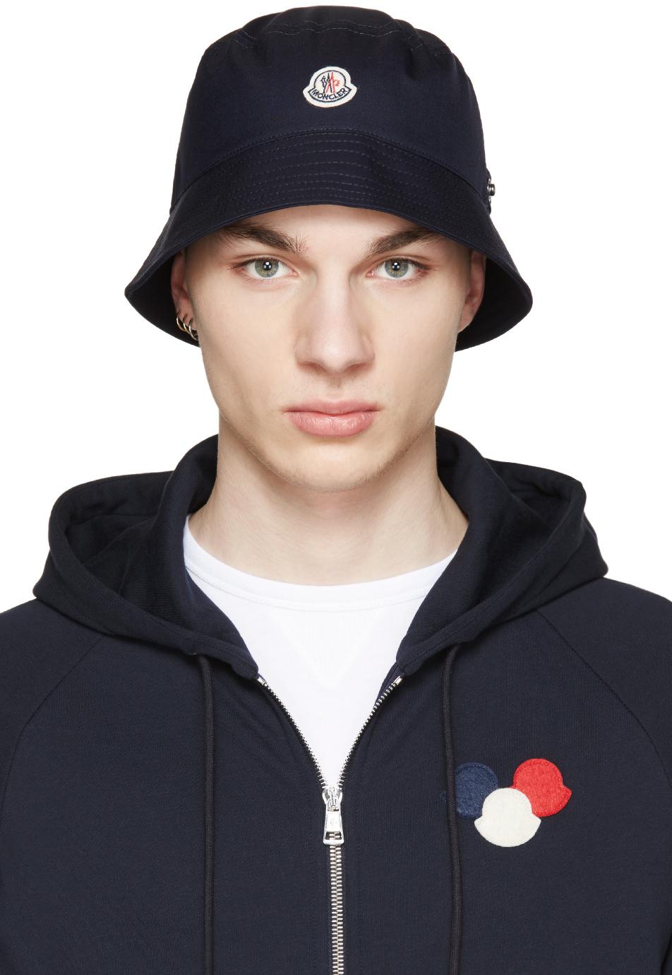 882998283 Moncler Navy Logo Bucket Hat in Blue for Men - Lyst