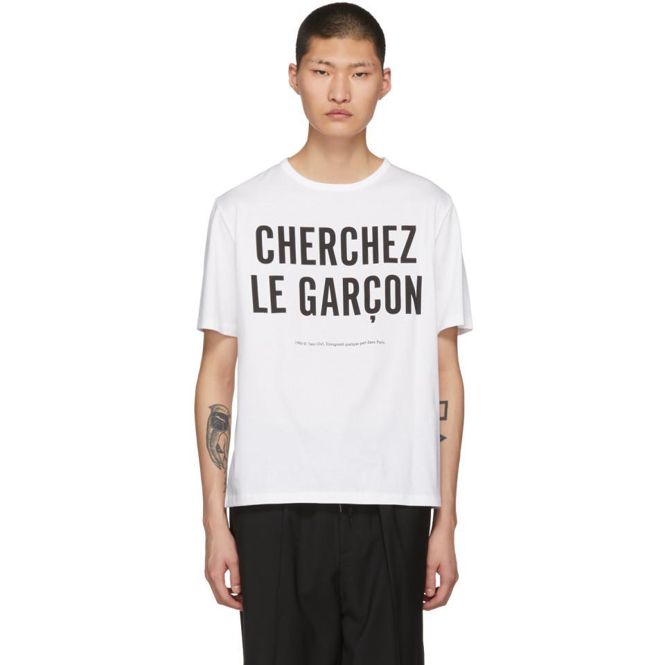 Énorme Surprise En Ligne boutique Etudes White 'Cherchez le Gar?on' Unity T-Shirt Dédouanement Bas Prix Prix Pas Cher En Ligne 2in5XyU3Nv