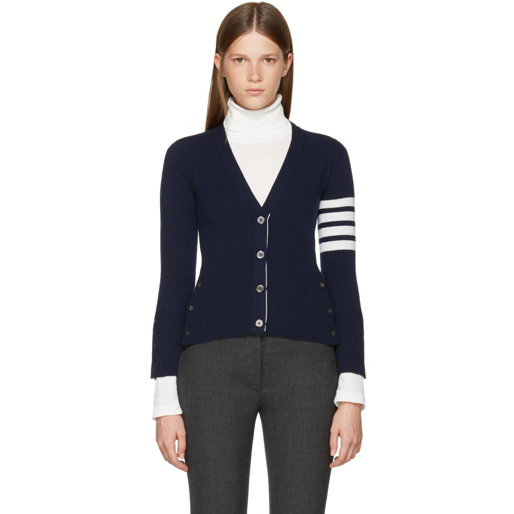 Navy Classic Short V-Neck Cardigan Thom Browne Sast Cheap Online Outlet Shop For Buy Cheap Enjoy Particular Outlet Cheap 7Gynoqi4