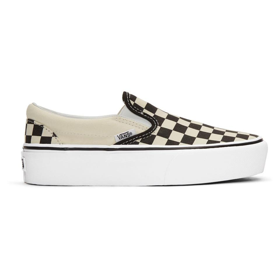 87d2952b8423f1 Vans Black And White Checkerboard Classic Slip-on Sneakers in Black ...