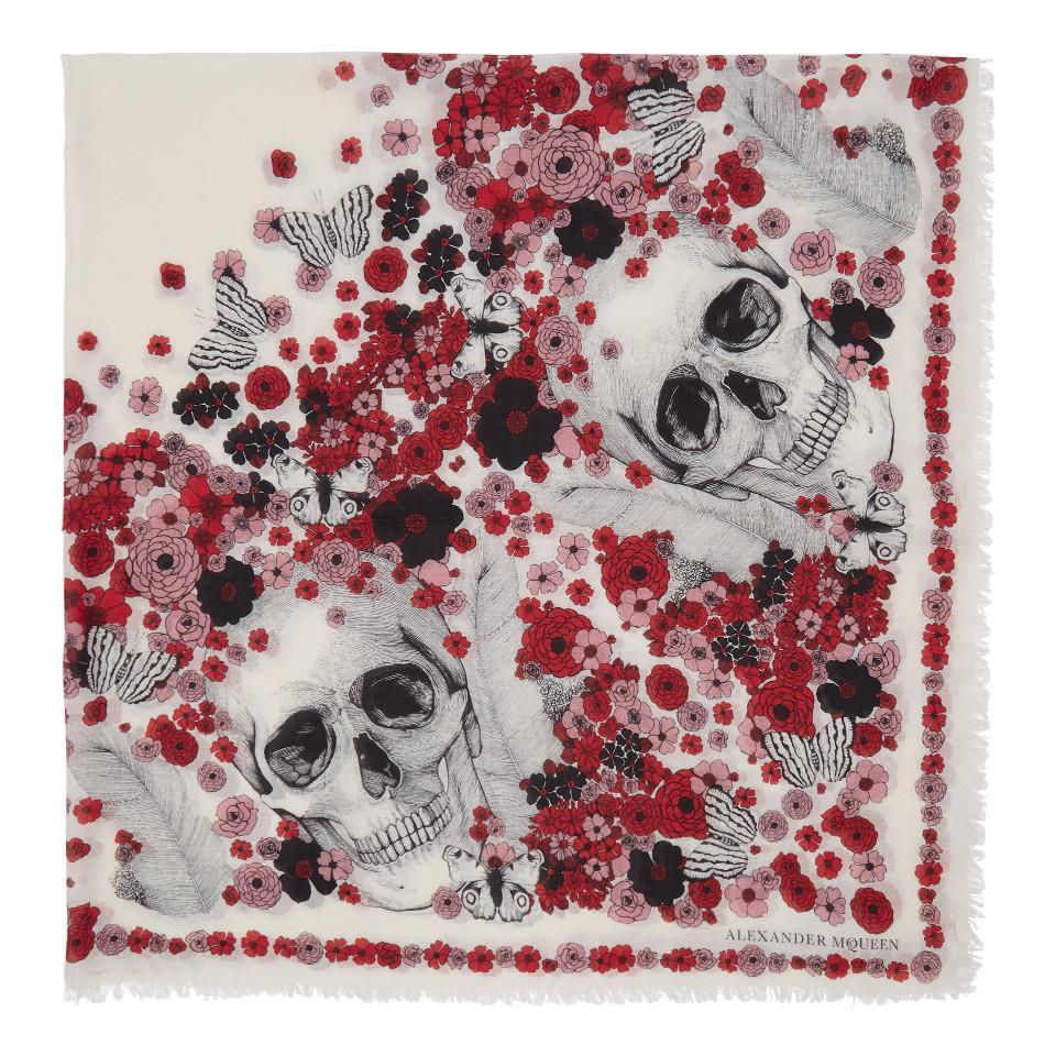 1d8314e367a Lyst - Foulard ivoire et rouge Muse Skull Alexander McQueen