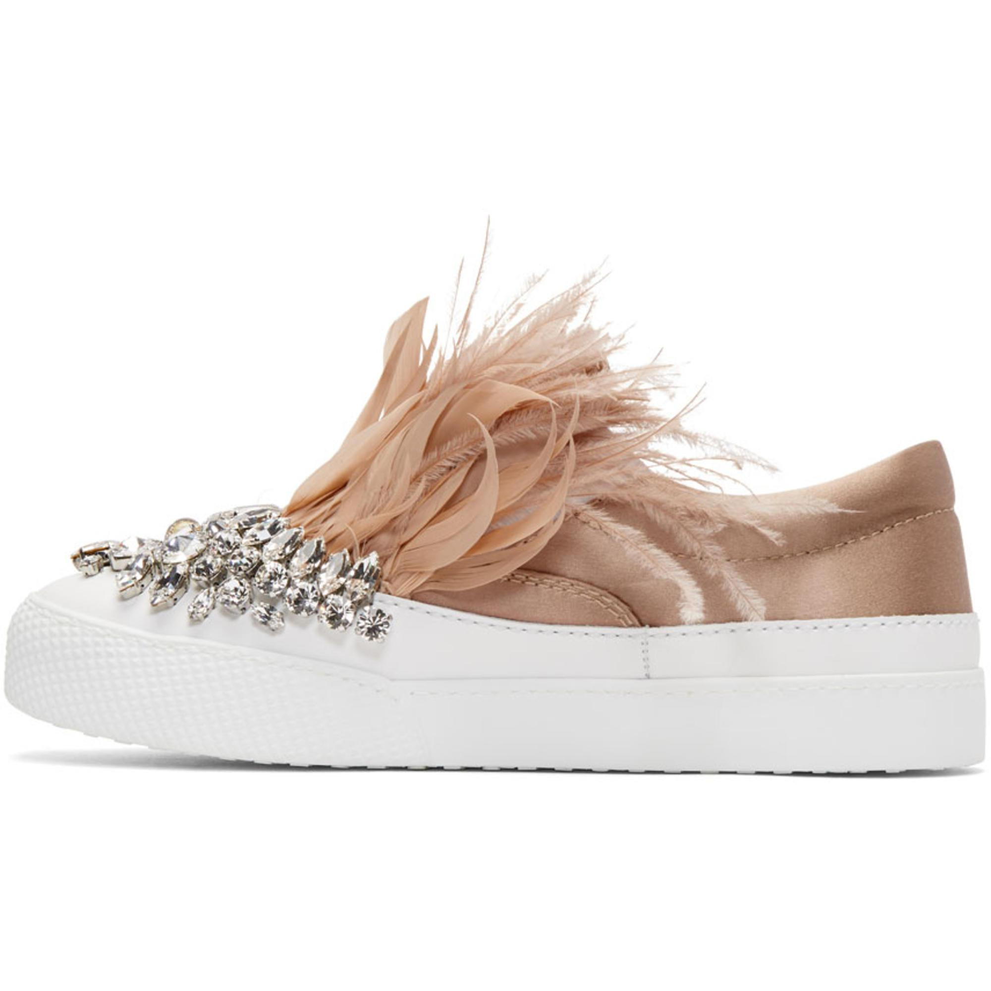 adidas Originals White & Pink Feather Crystal Slip-On Sneakers aqyy5D7Jot