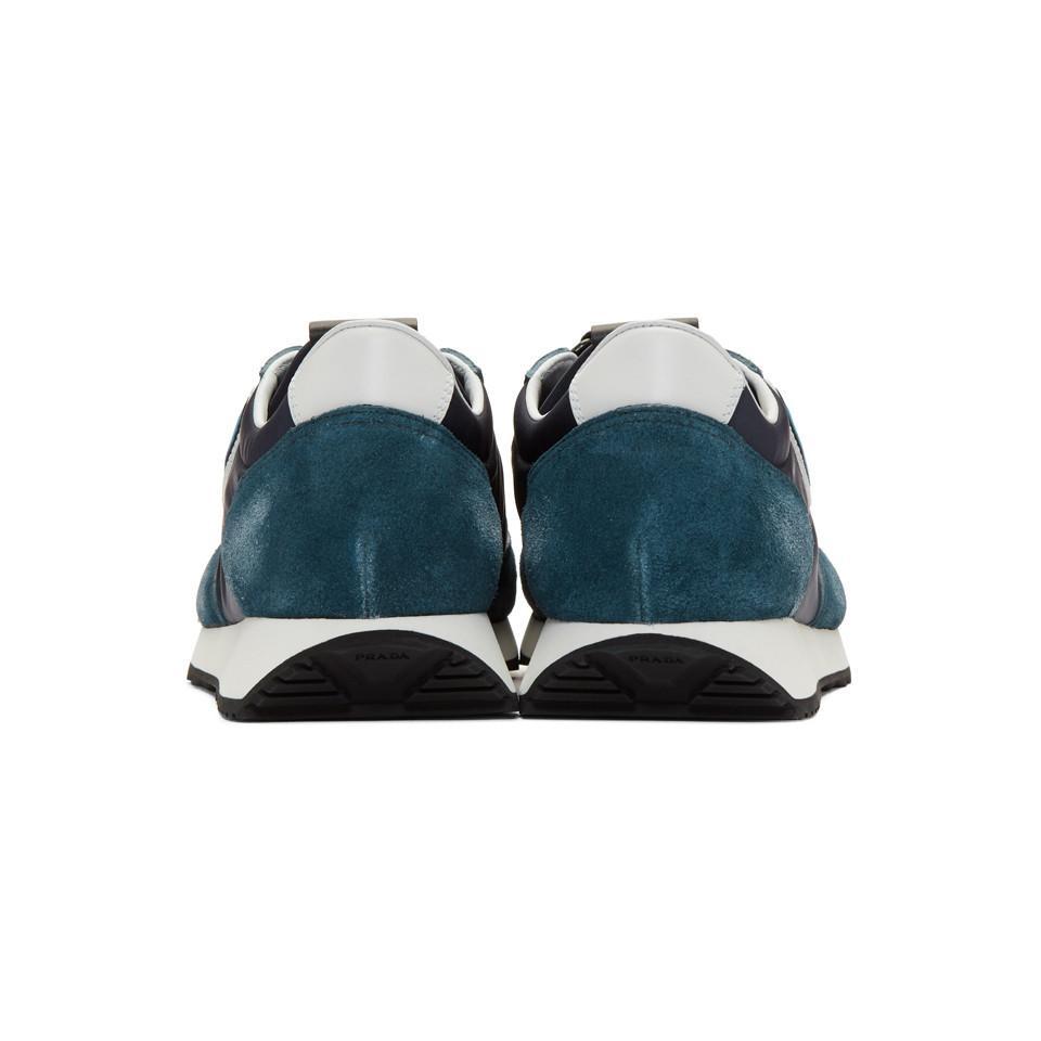 Baskets en suede bleues et bleu marine Prada pour homme en coloris Bleu IP75