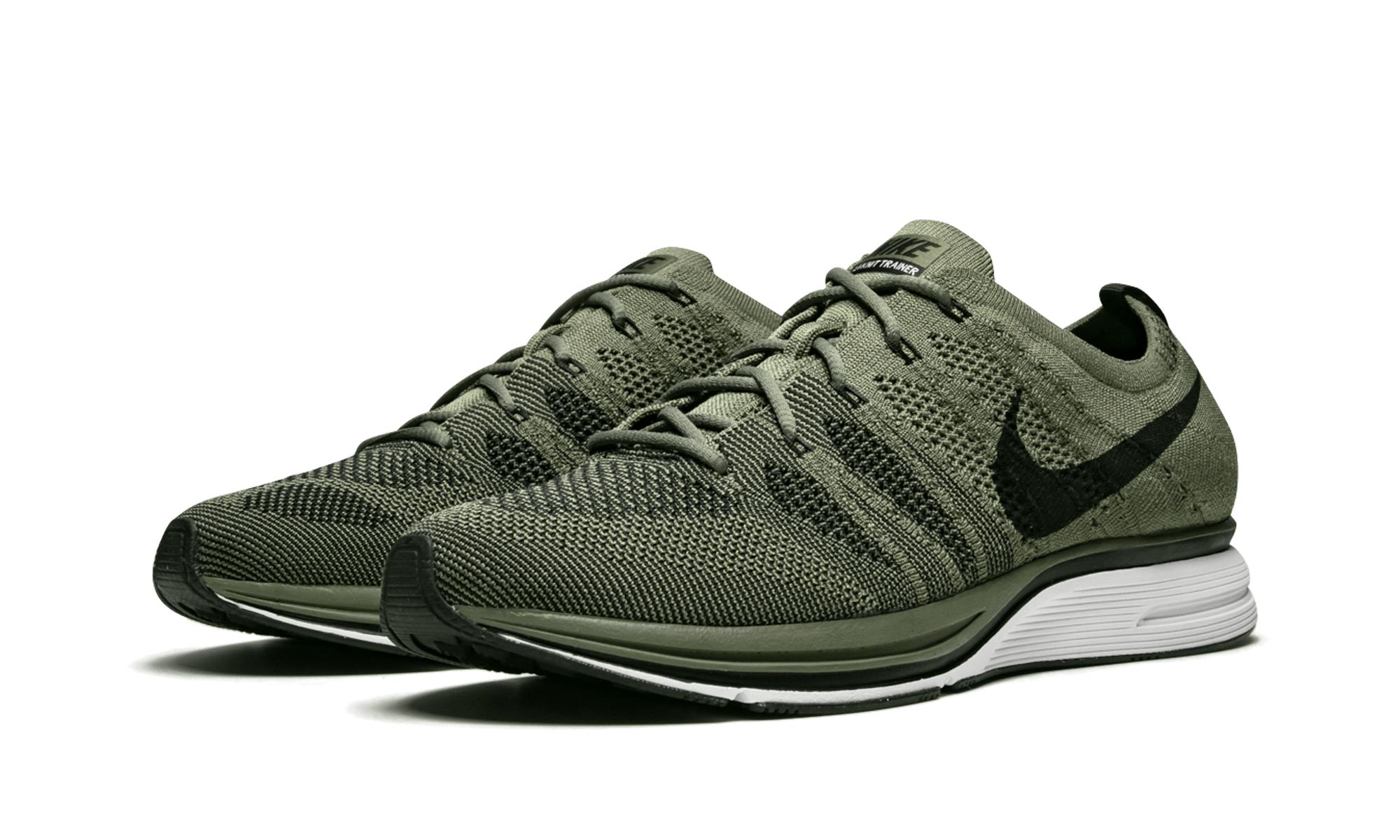 huge selection of aef5e 8a35a Nike - Green Flyknit Trainer Medium Olive for Men - Lyst. View fullscreen