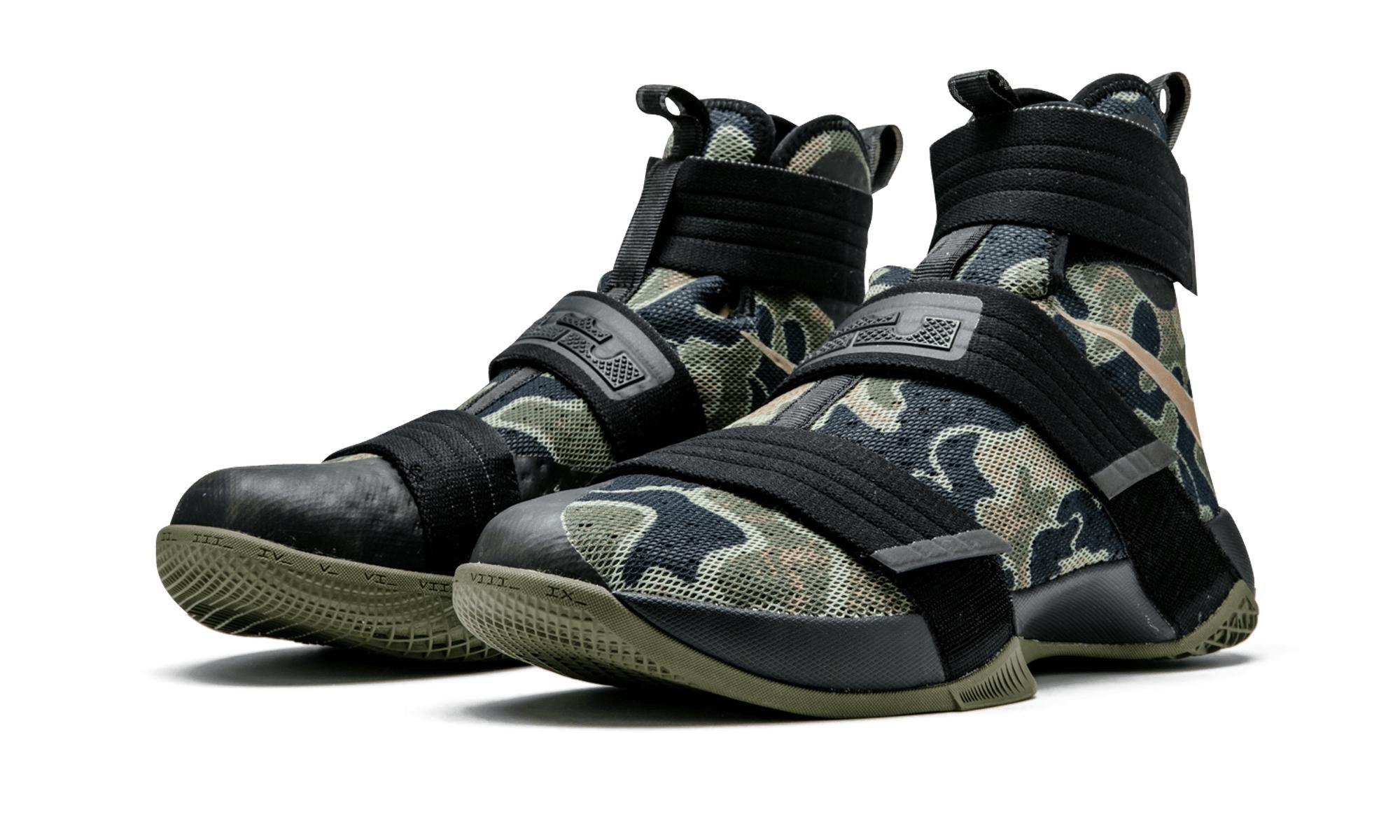 detailed look 476e4 c2d45 Nike Black Lebron Soldier 10 Sfg for men