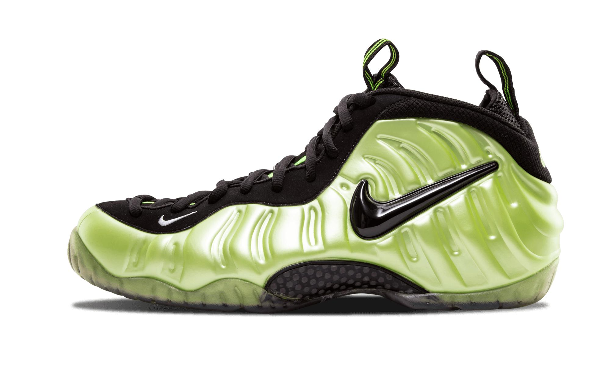 8ad6659a8bcd8 Nike Air Foamposite Pro 2010 in Green for Men - Save 5% - Lyst
