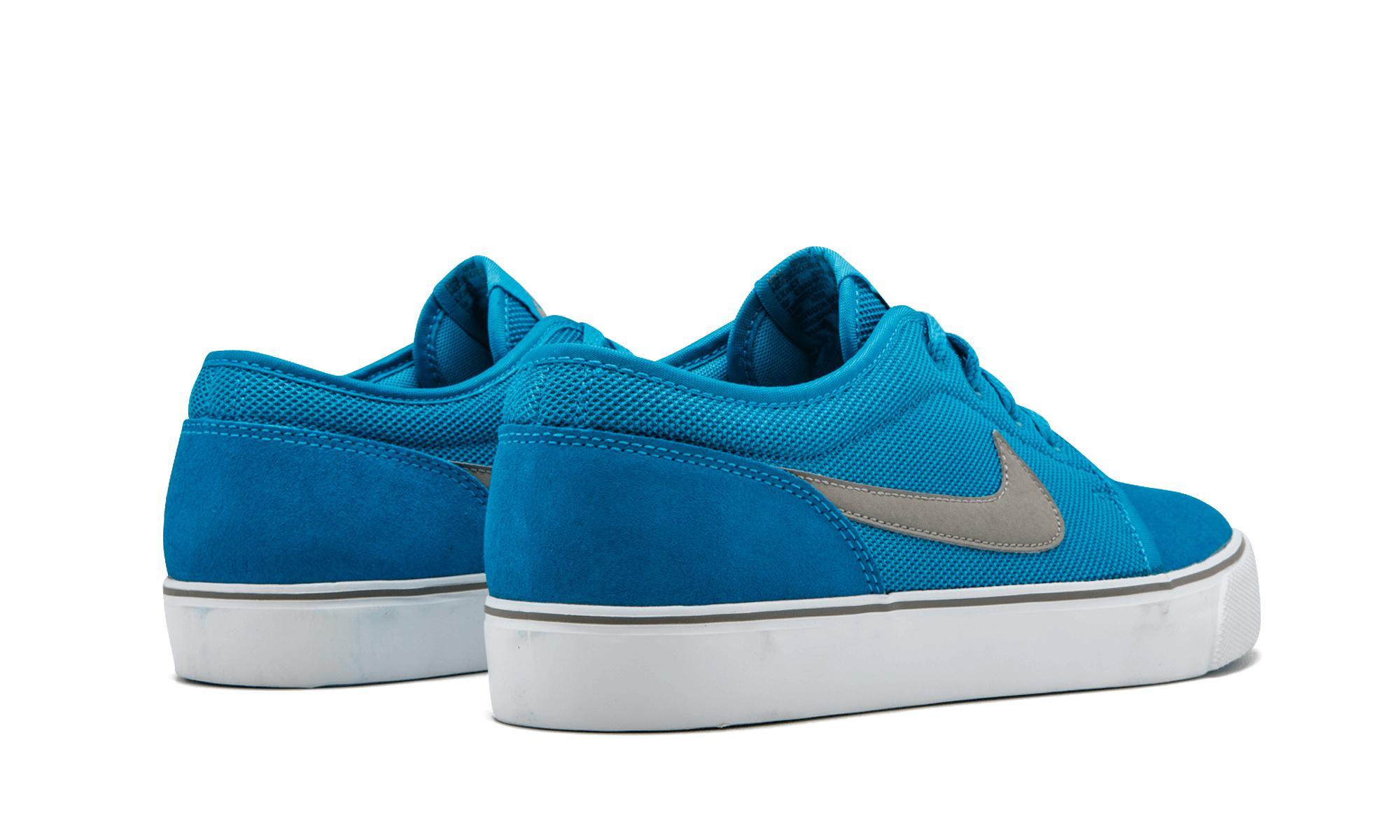 871f337f5324 Nike - Blue Toki Low Txt - Lyst. View fullscreen