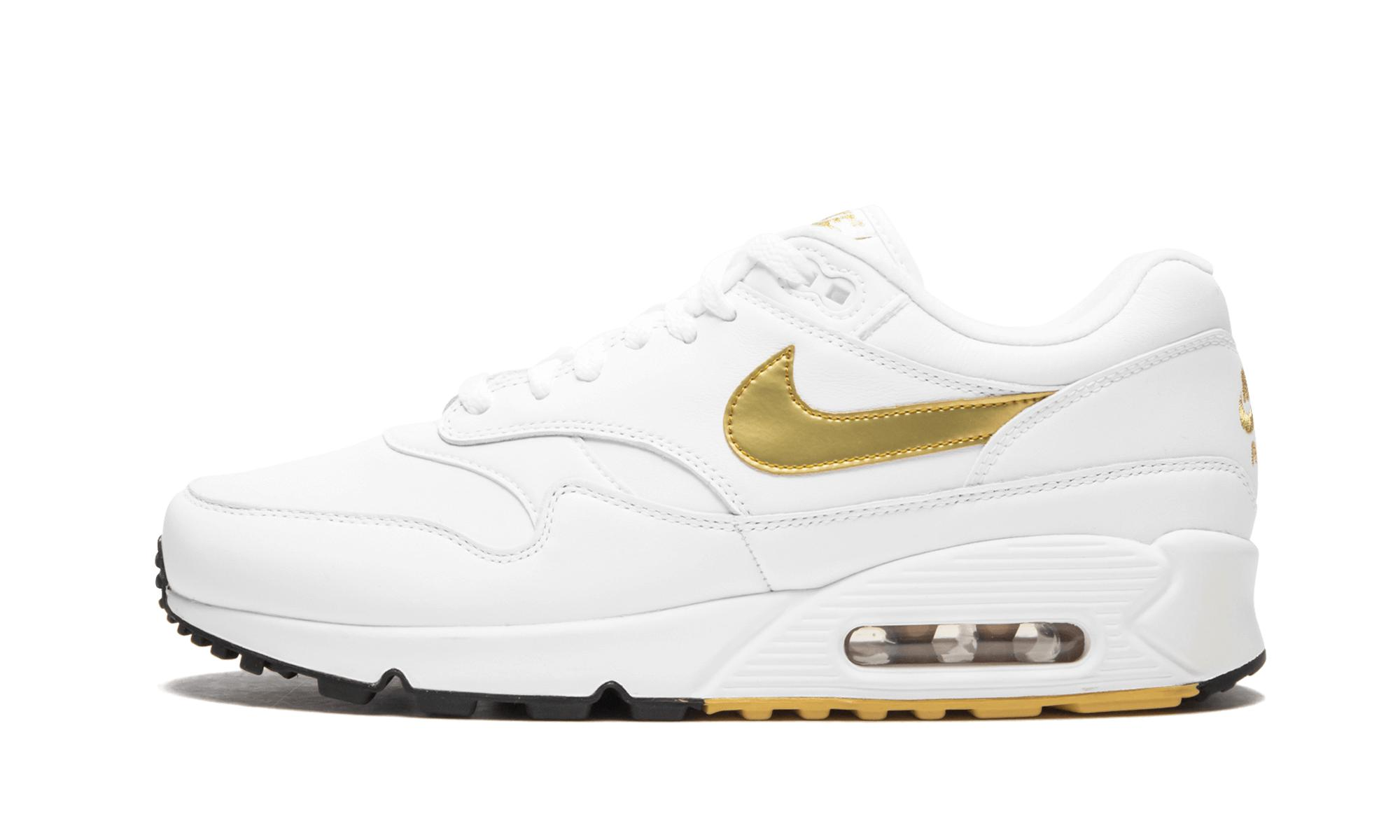 best service 27990 a67f4 Nike. Women s White Air Max 90 1