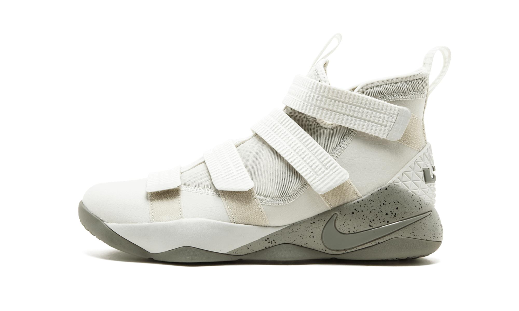 e198415316a Nike Lebron Soldier Xi Sfg for Men - Save 28% - Lyst