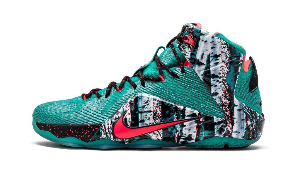 detailed look 3124a 18f0c Nike. Men s Green Lebron 12 Xmas