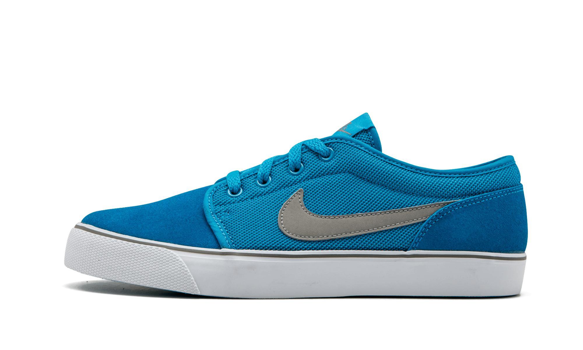 42e7415827ee Lyst - Nike Toki Low Txt in Blue