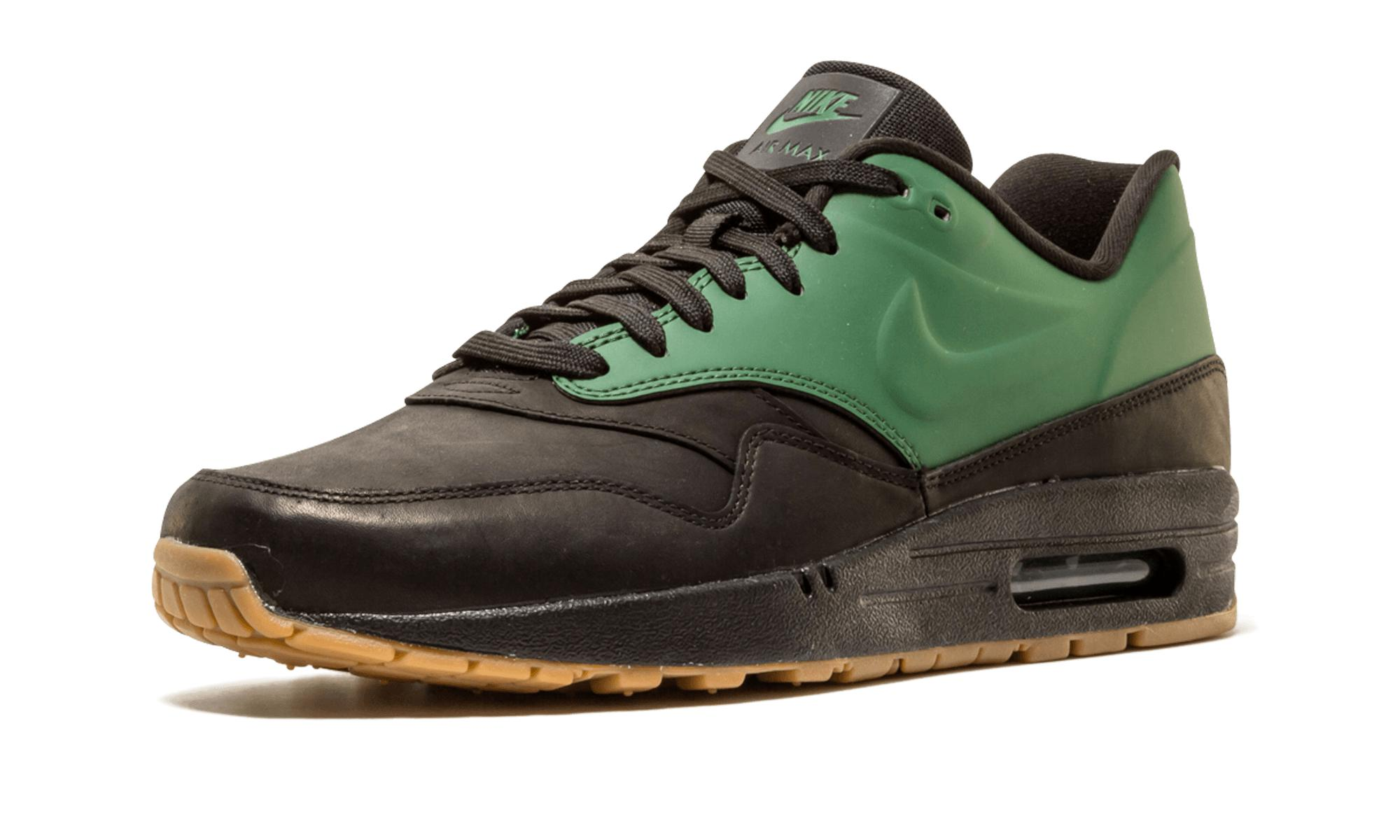 buy popular 797ba 7cc92 Nike - Green Air Max 1 Vt Qs for Men - Lyst. View fullscreen