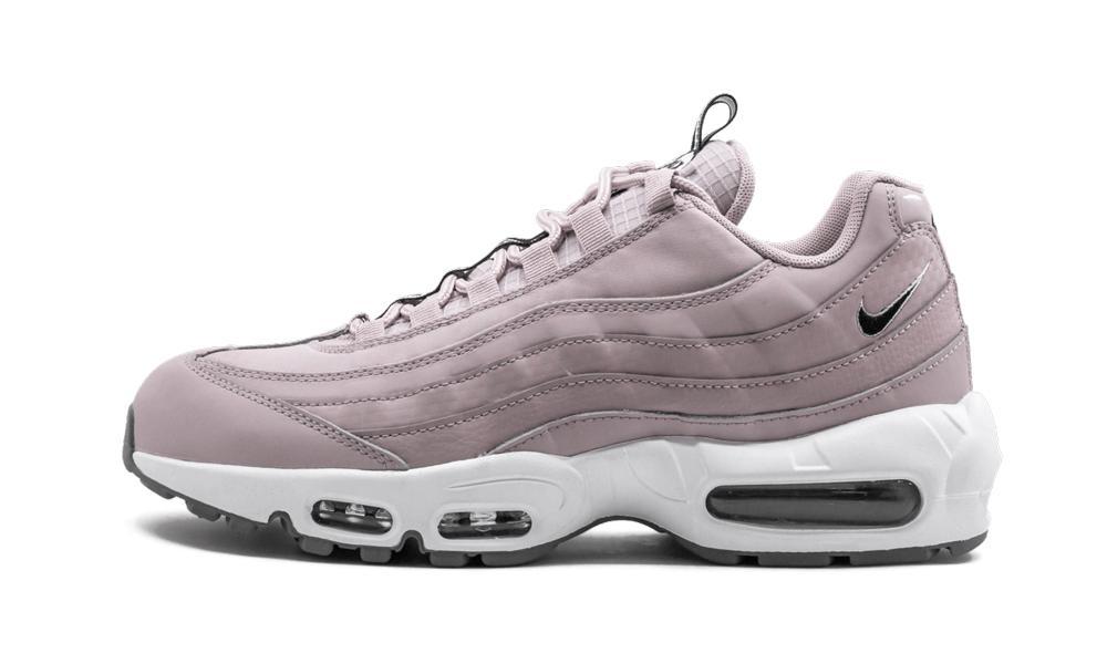 Air Max 95 Se Shoes - Size 9
