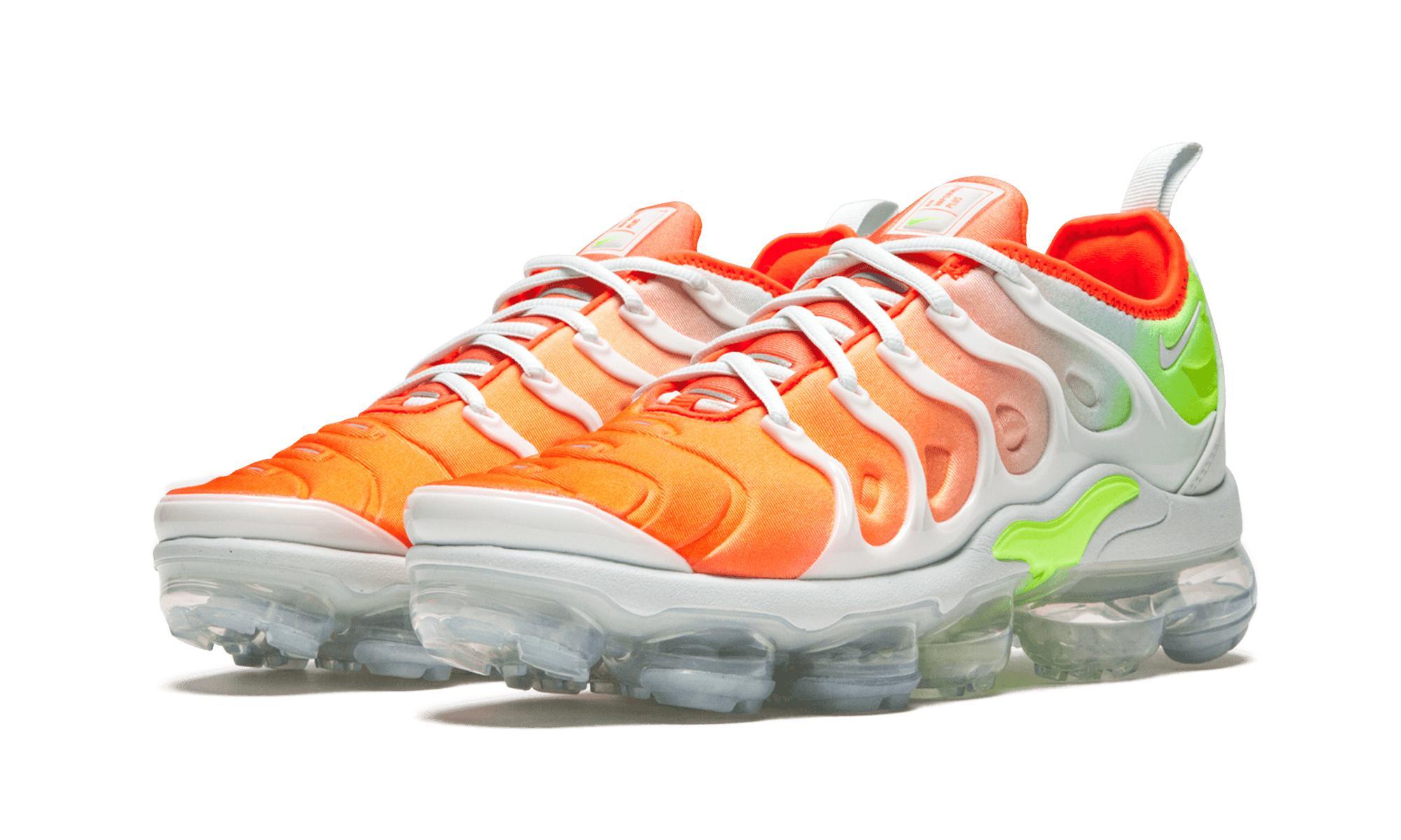 9e68e29aa984 Lyst - Nike Womens Air Vapormax Plus in Gray - Save 31%