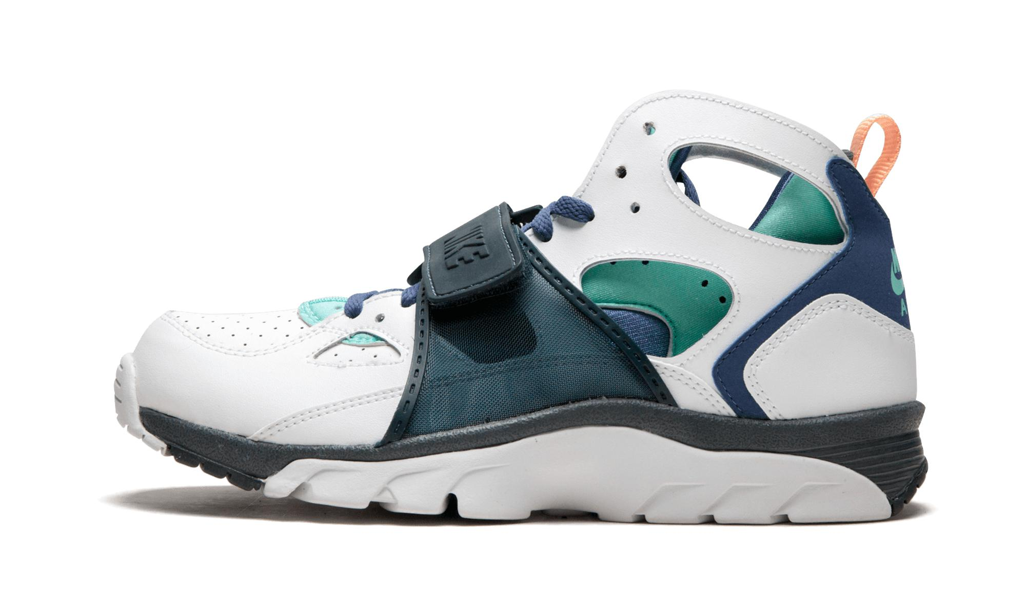 separation shoes 27a89 77837 Nike. Men s White Air Trainer Huarache