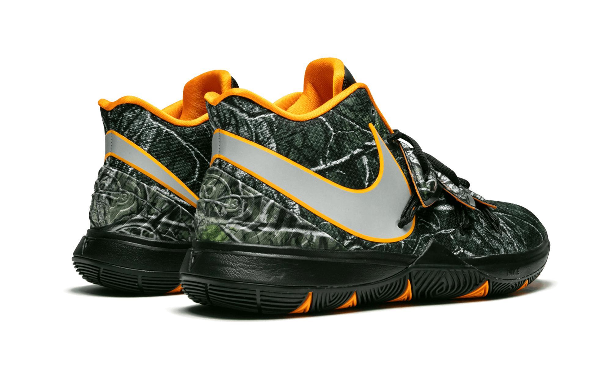 e565322818b4 Nike - Multicolor Kyrie 5 Multi Collegiate Orange  taco Pe  for Men - Lyst.  View fullscreen