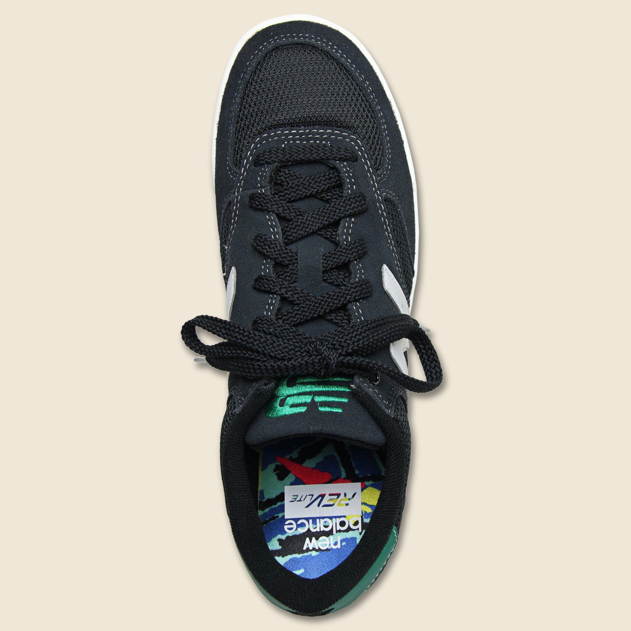 New Balance Suede Crt300 - Black