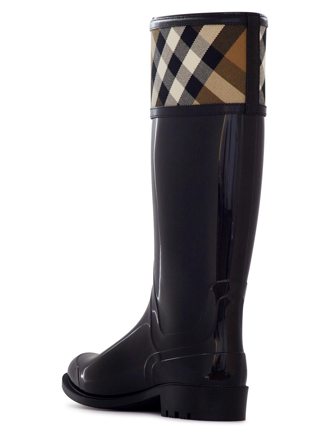 Burberry Rubber Crosshill Rain Boots in Black