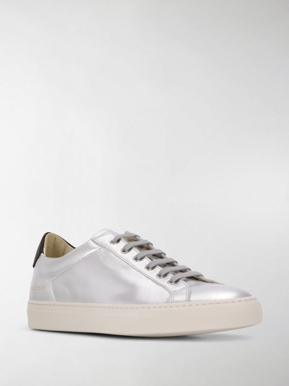 Common Projects Lace Achilles Low Sneakers in Silver (Metallic)