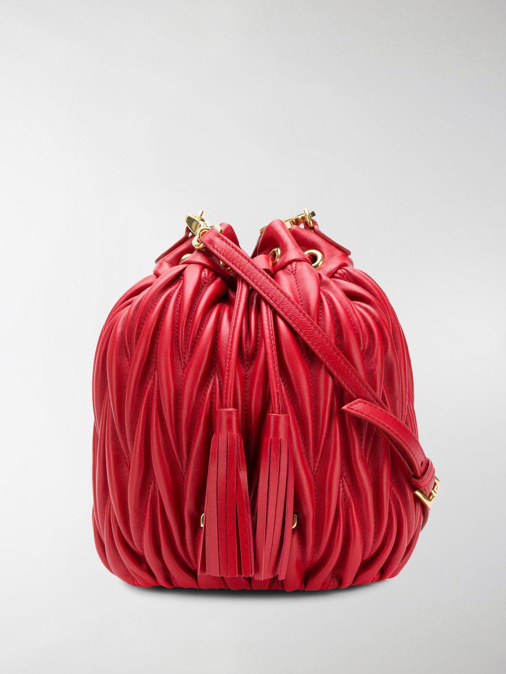 2dab5ec4c35f Miu Miu Matelassé Bucket Bag in Red - Lyst