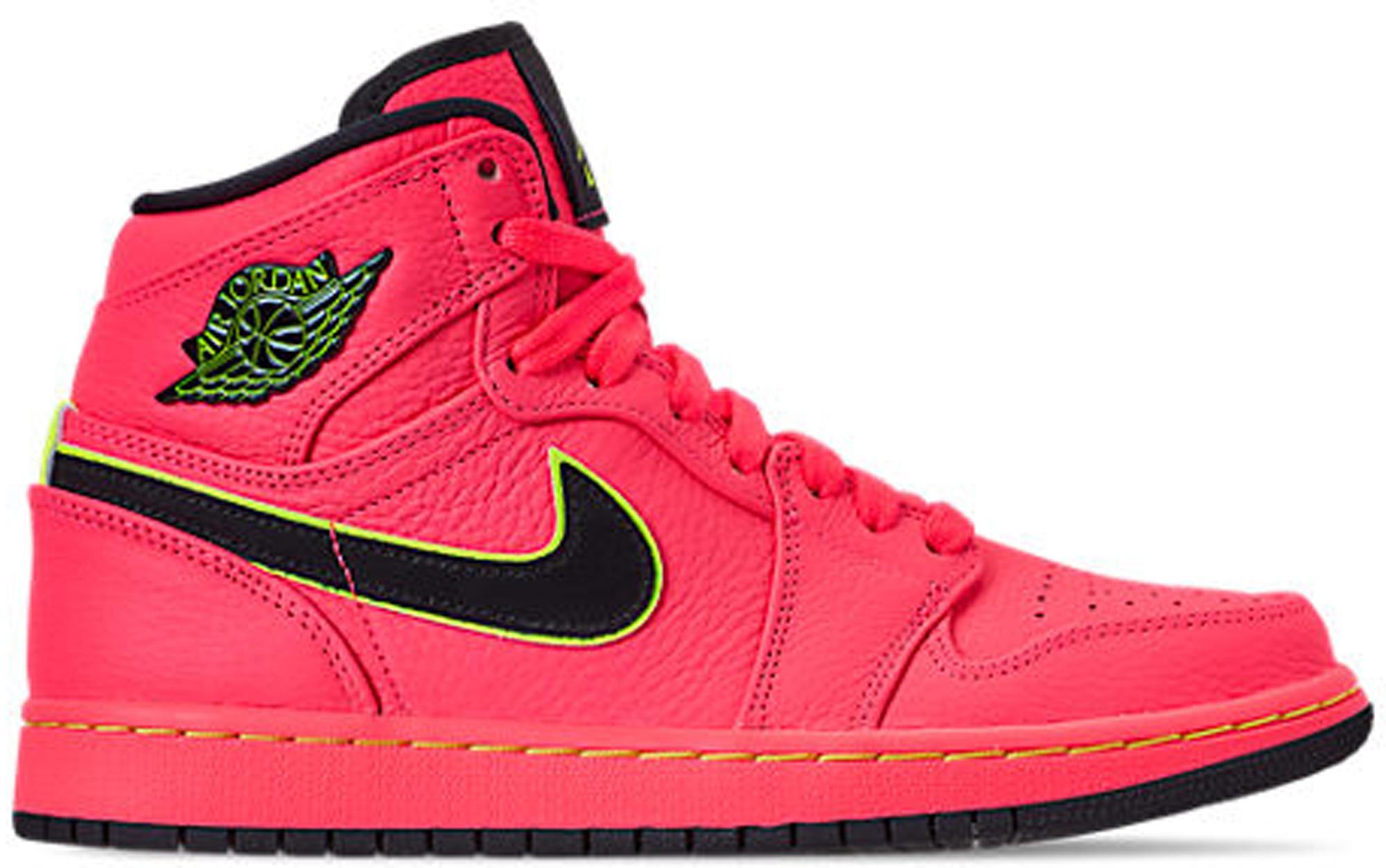 d760b94f Lyst - Nike 1 Retro High Hot Punch (w) in Pink