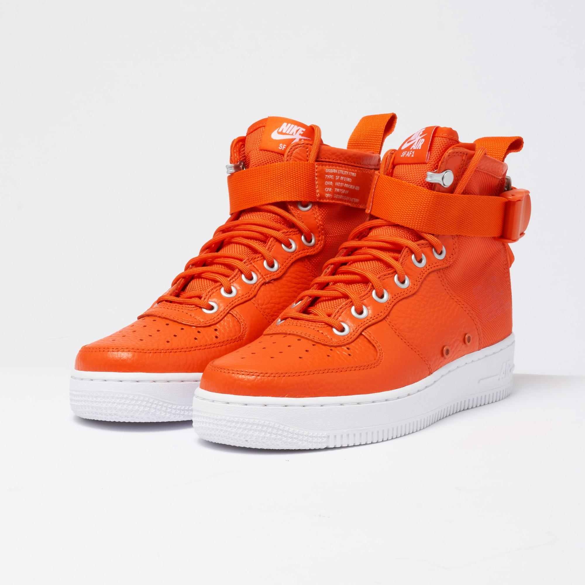 Special Field Air Force 1 Mid Team Orange