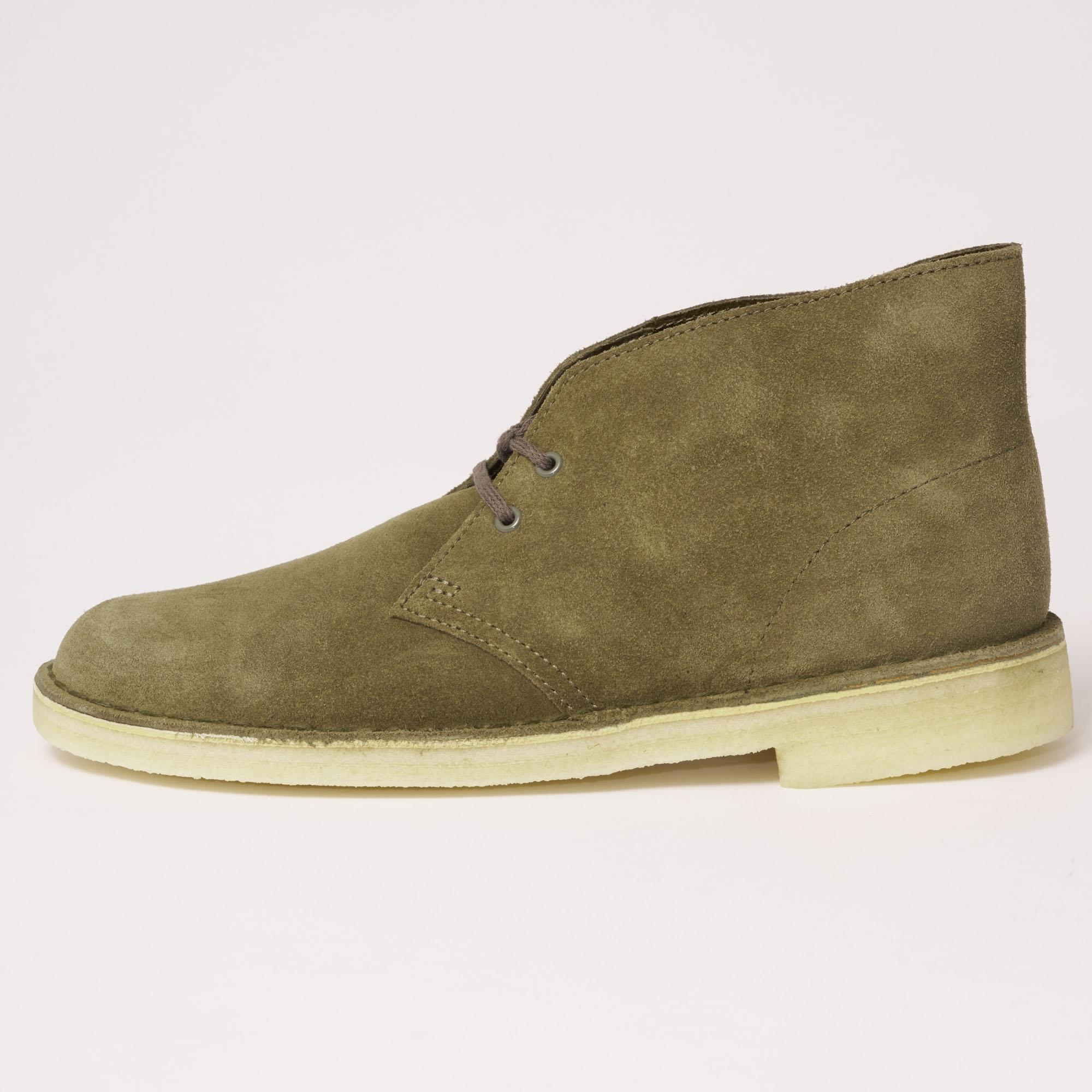 Clarks Suede Desert Boots in Olive