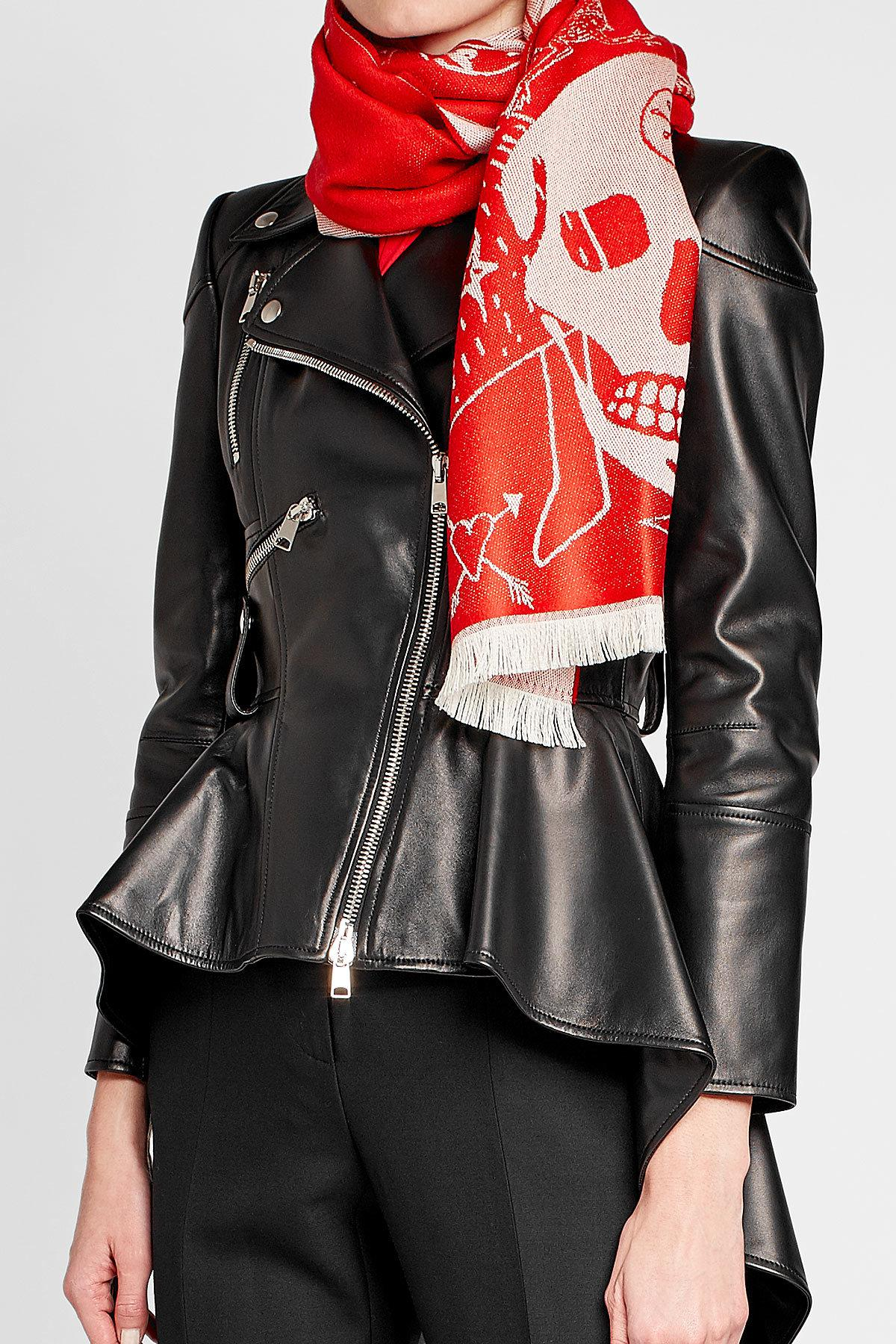Lyst - Alexander mcqueen Printed Cashmere Scarf in Red