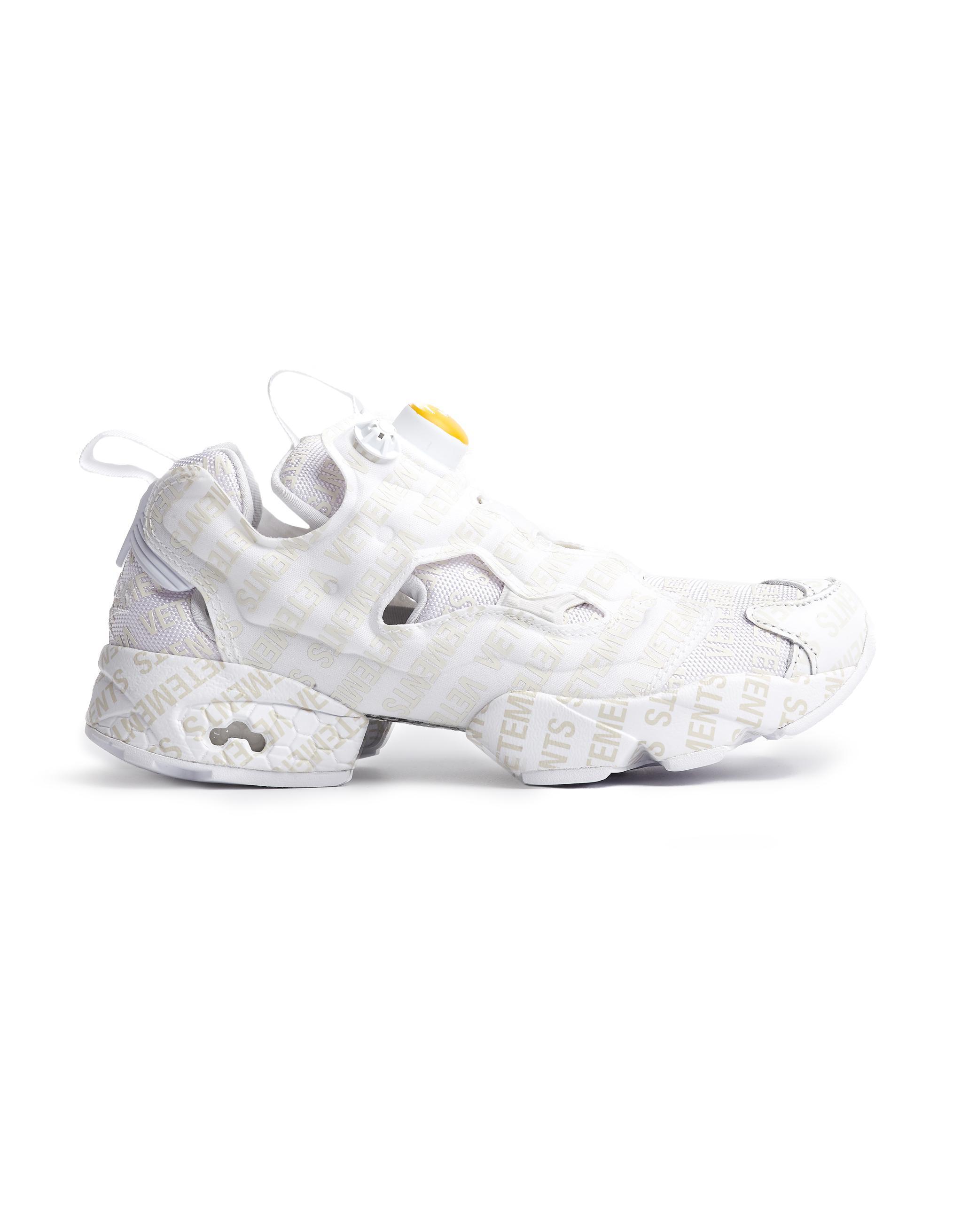 439ffa974ecf Lyst - Vetements Beige Logo Reebok Instapump Fury Emoji Sneakers in ...