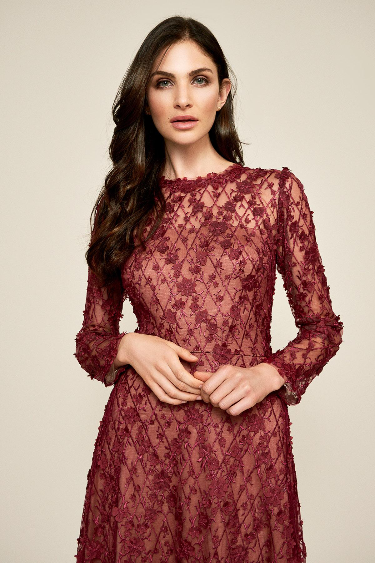 272cd335e6586 Tadashi Shoji - Red Binx Embroidery Tea-length Dress - Lyst. View fullscreen