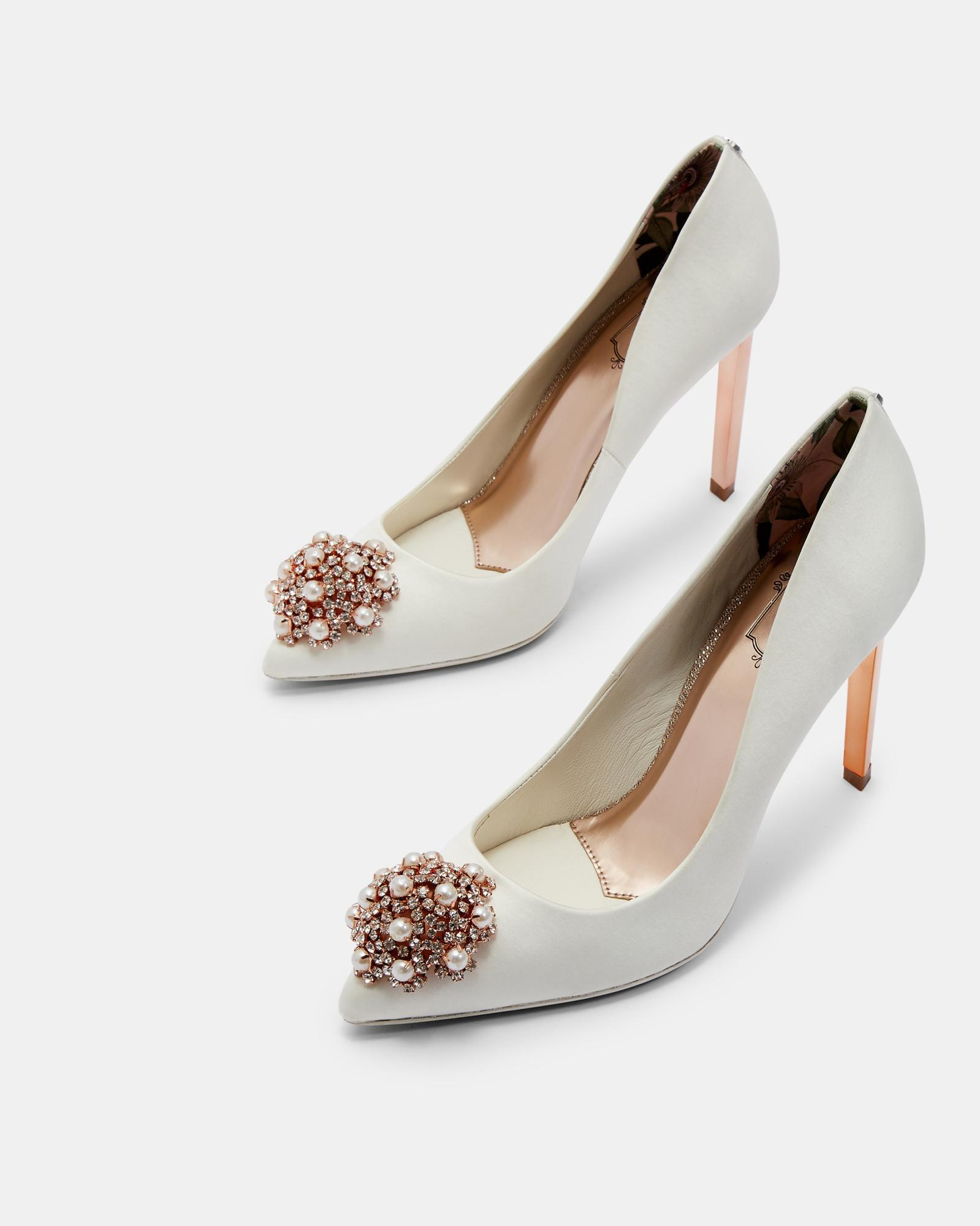 c2b766166 Lyst - Ted Baker Brooch Detail Courts in White