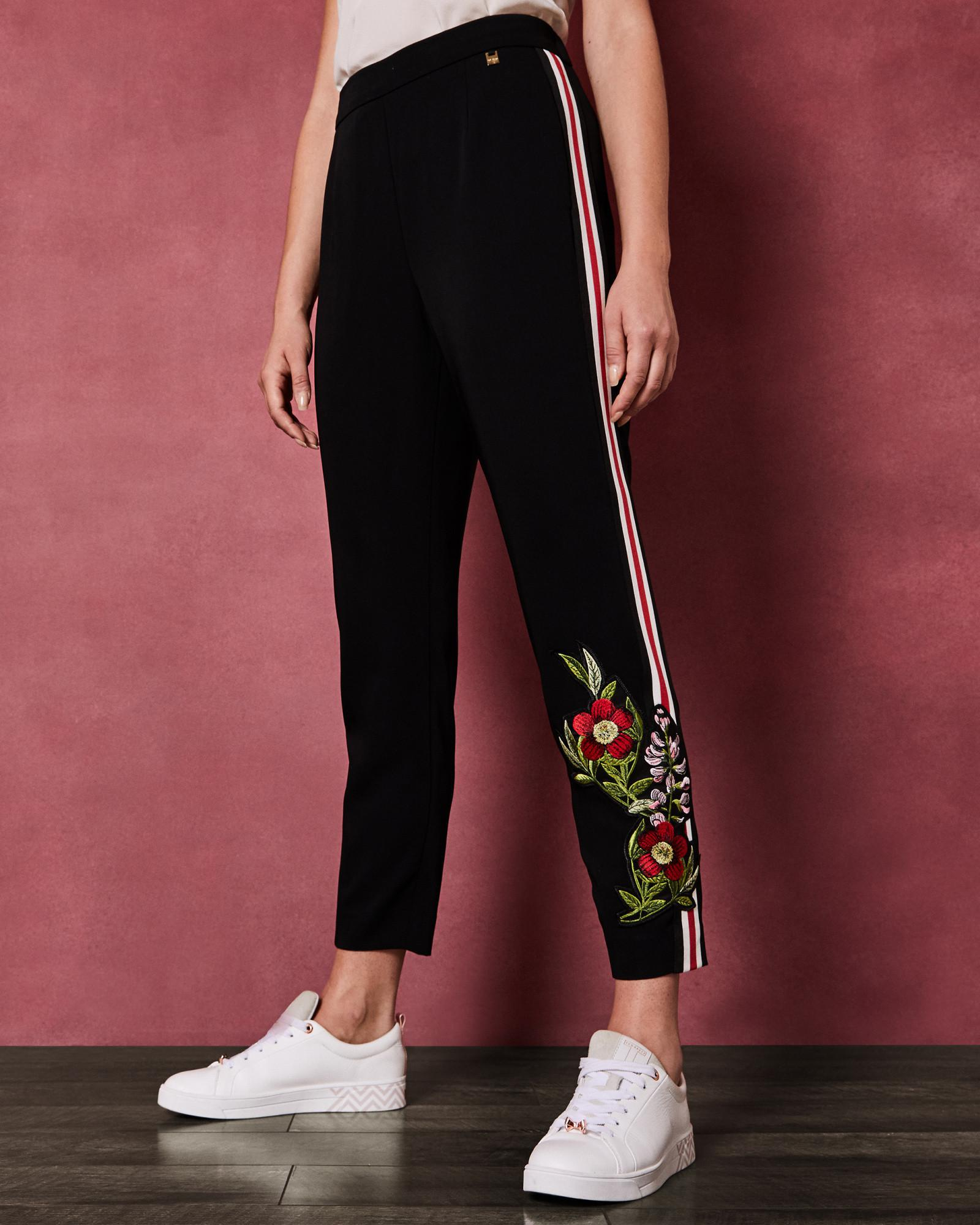 431fc1e0ac61 Ted Baker Floral Detail Trousers in Black - Lyst