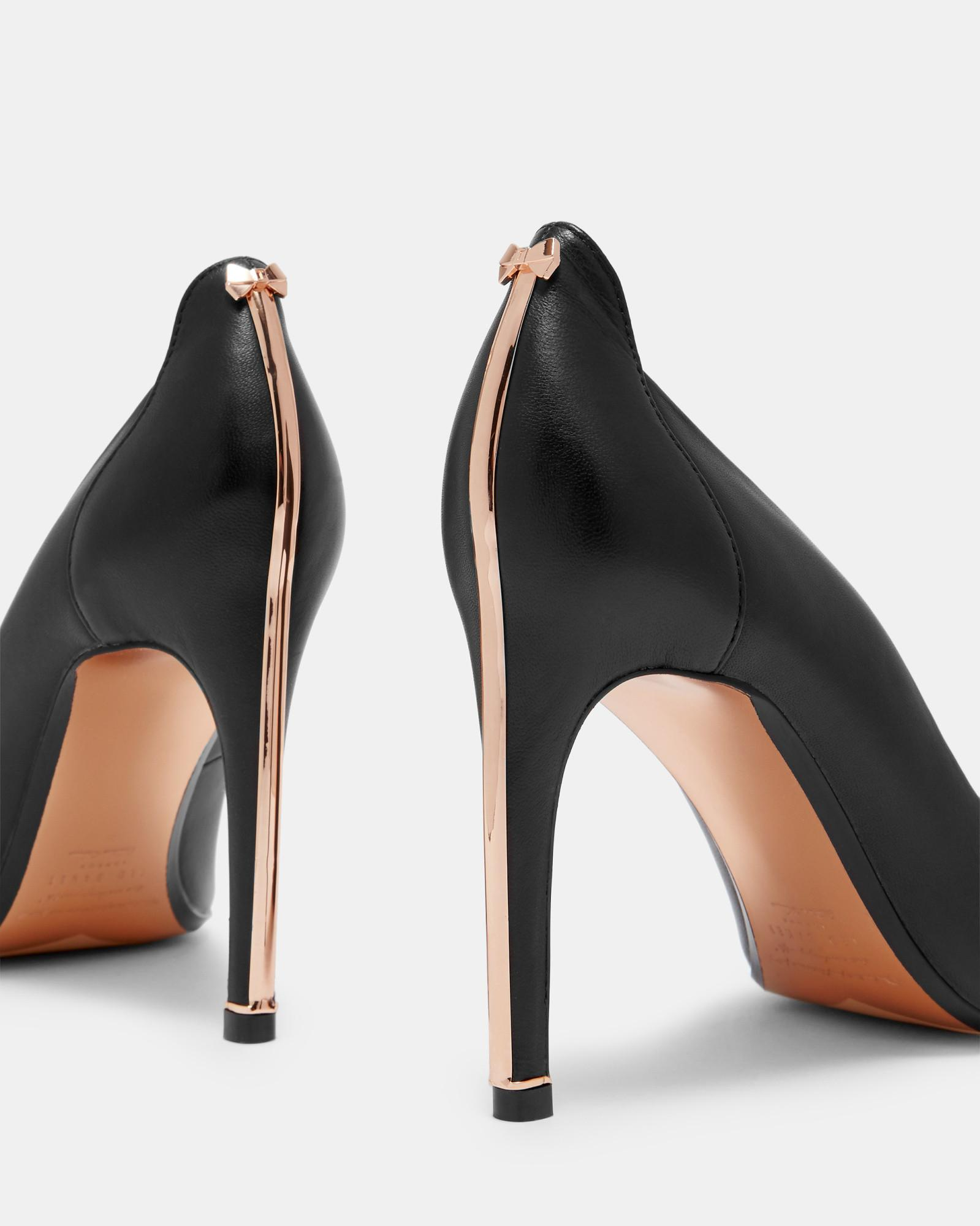 c35d861bfdd78d Ted Baker Bow Detail Heel Trim Courts in Black - Lyst