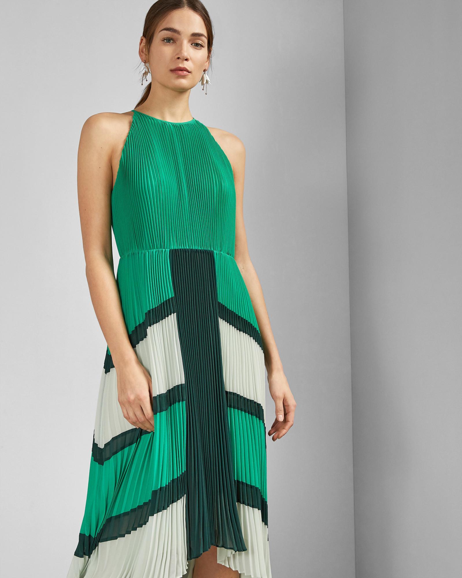 9b74688cc51ea Ted Baker Dip Hem Pleated Dress in Green - Lyst