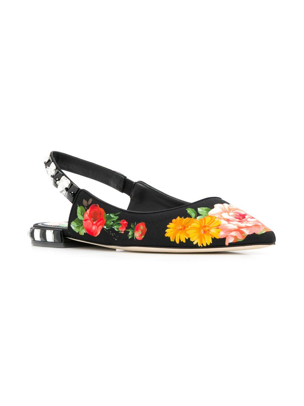 7336a41c2215 Lyst - Dolce   Gabbana Leather Pumps in Black - Save 7%