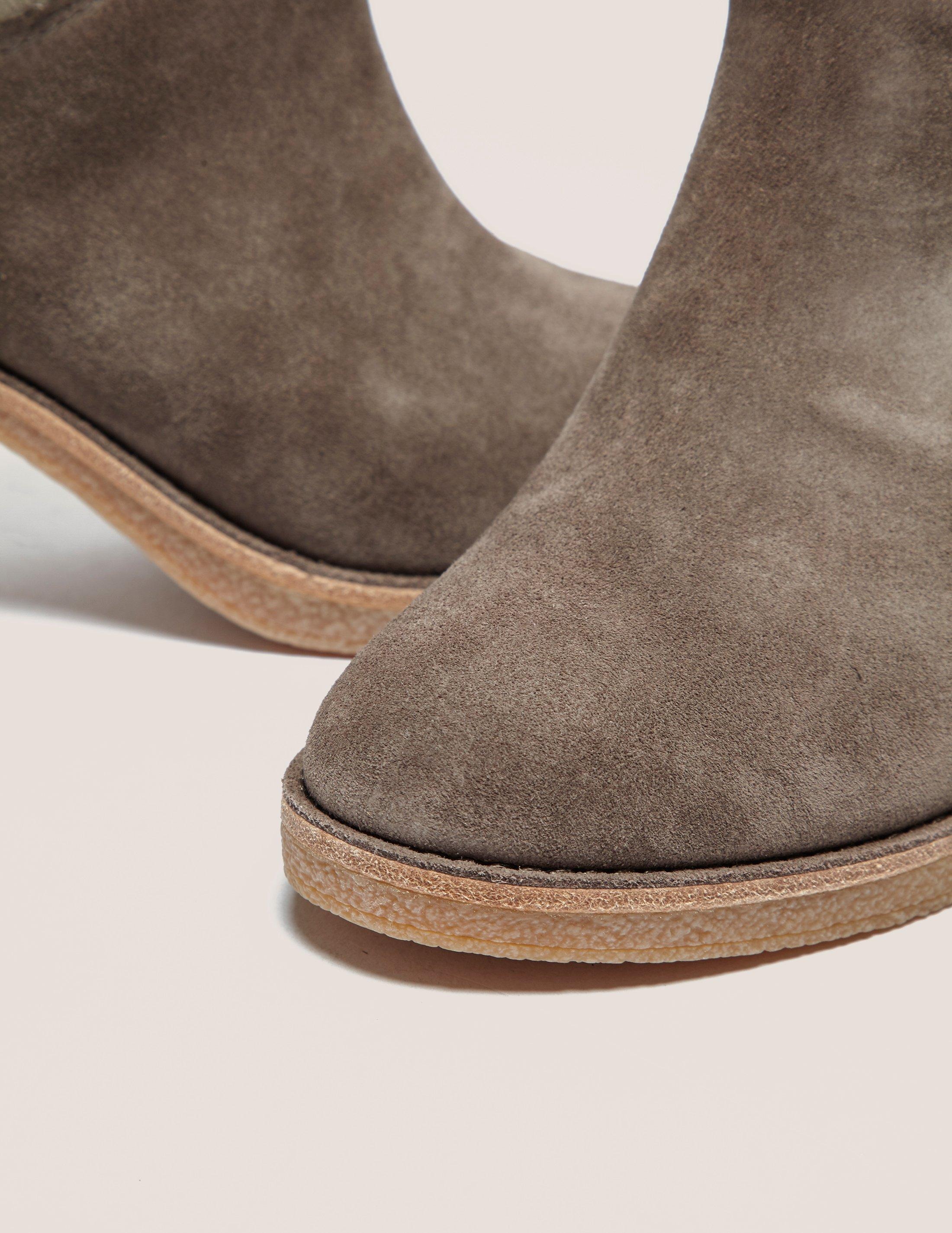 UGG Suede Womens Kasen Ankle Boot Brown