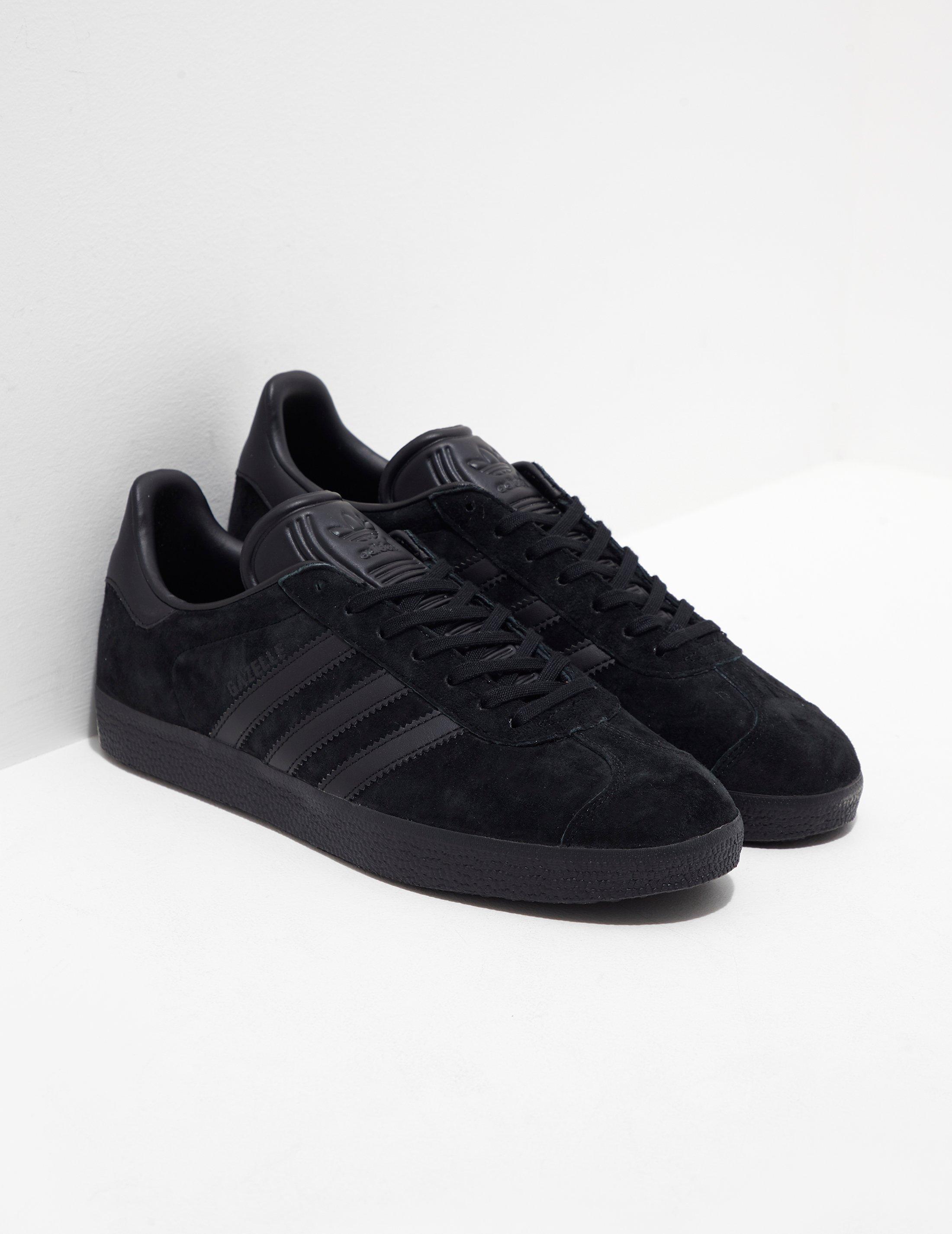 adidas originals gazelle all black