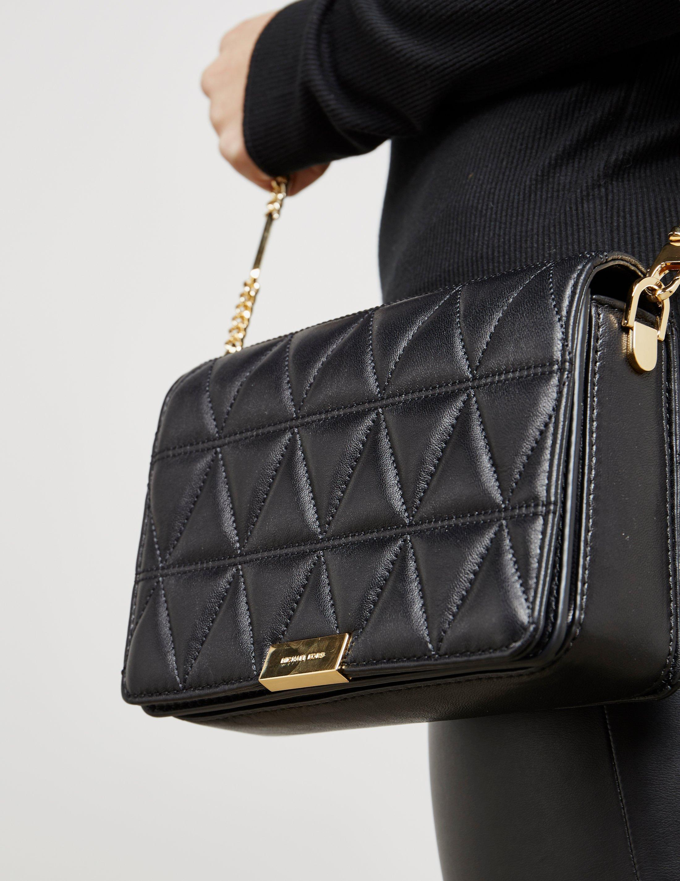 34abcfb64f9b59 Gallery. Previously sold at: Tessuti UK · Women's Michael Kors Quilted Bag  ...