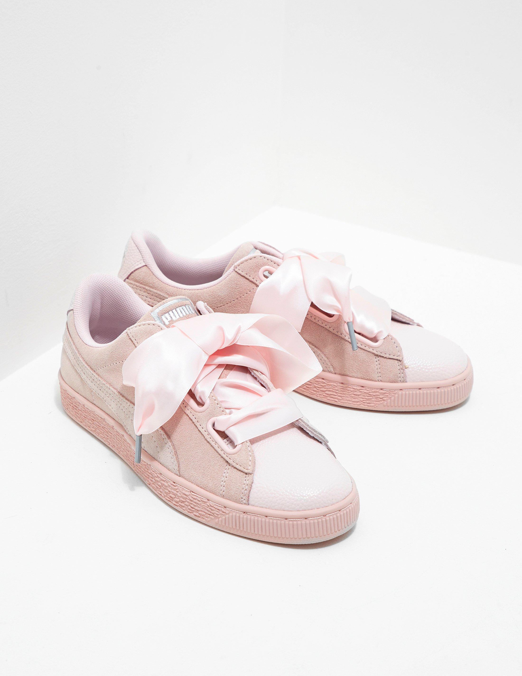 quality design a1d22 68153 PUMA Womens Suede Heart Bubble Pink