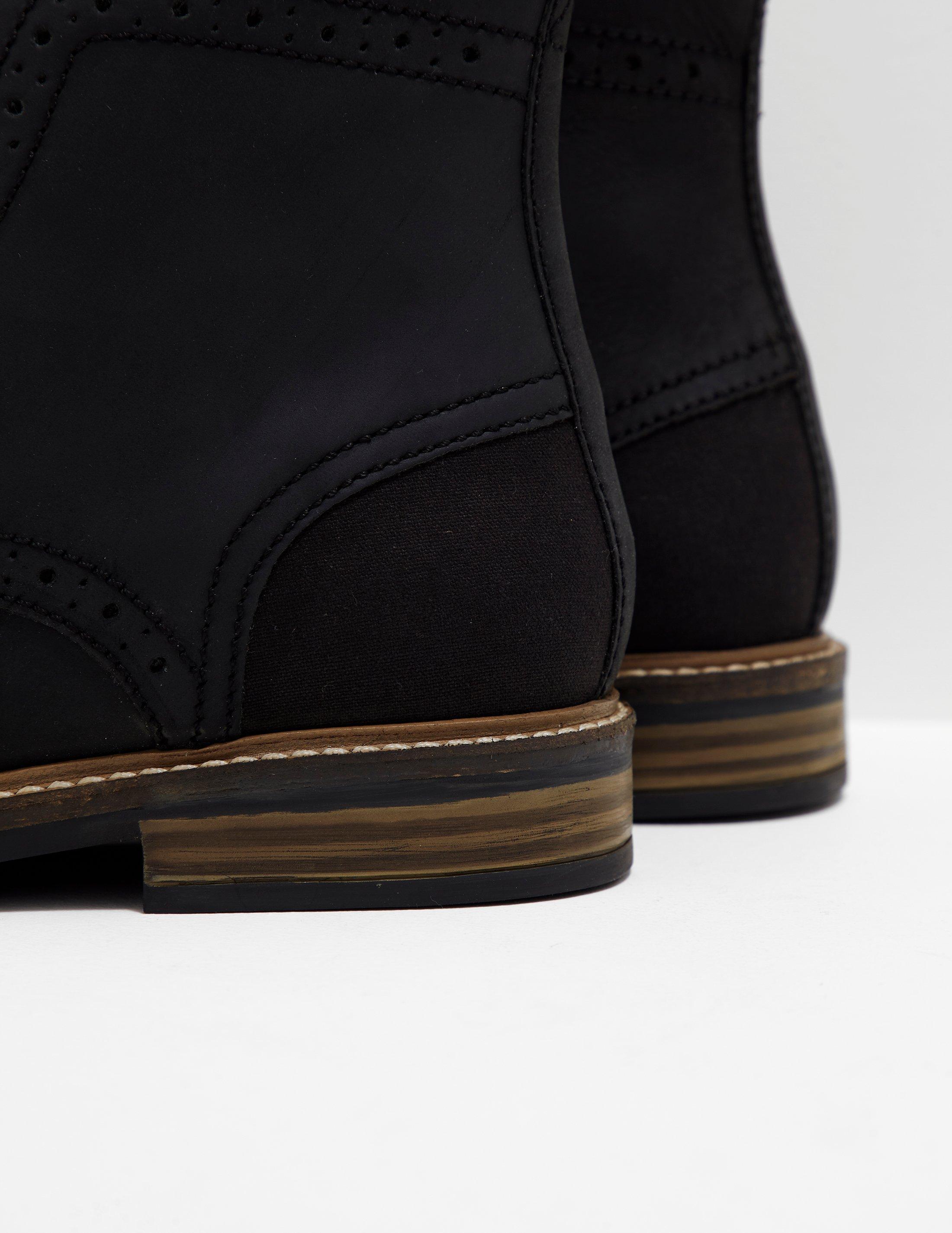 b8189ce63c8 Barbour Belsay Boots in Black for Men - Lyst