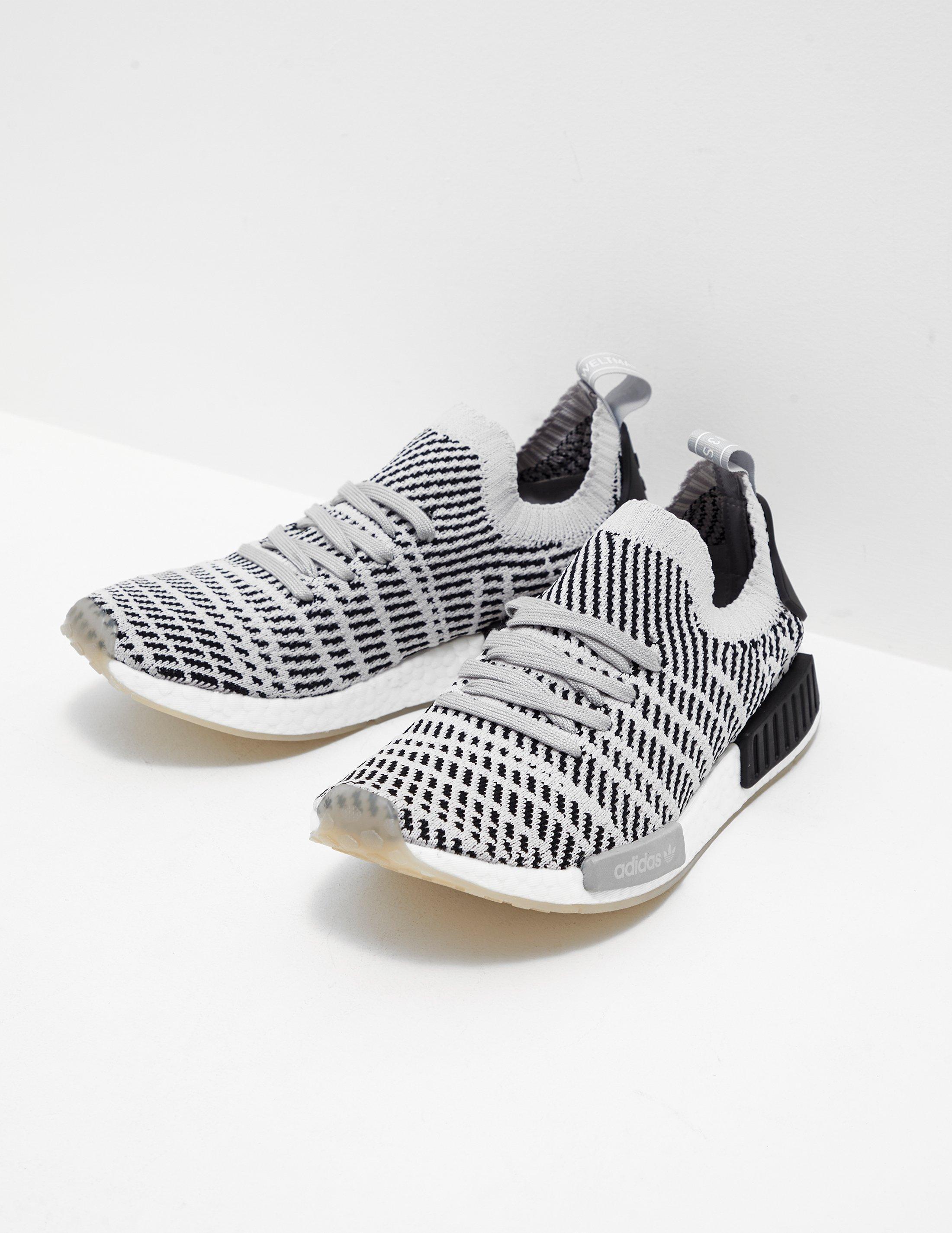 Adidas originali Uomo nmd r1 stlt primeknit grey in grigio per gli uomini lyst