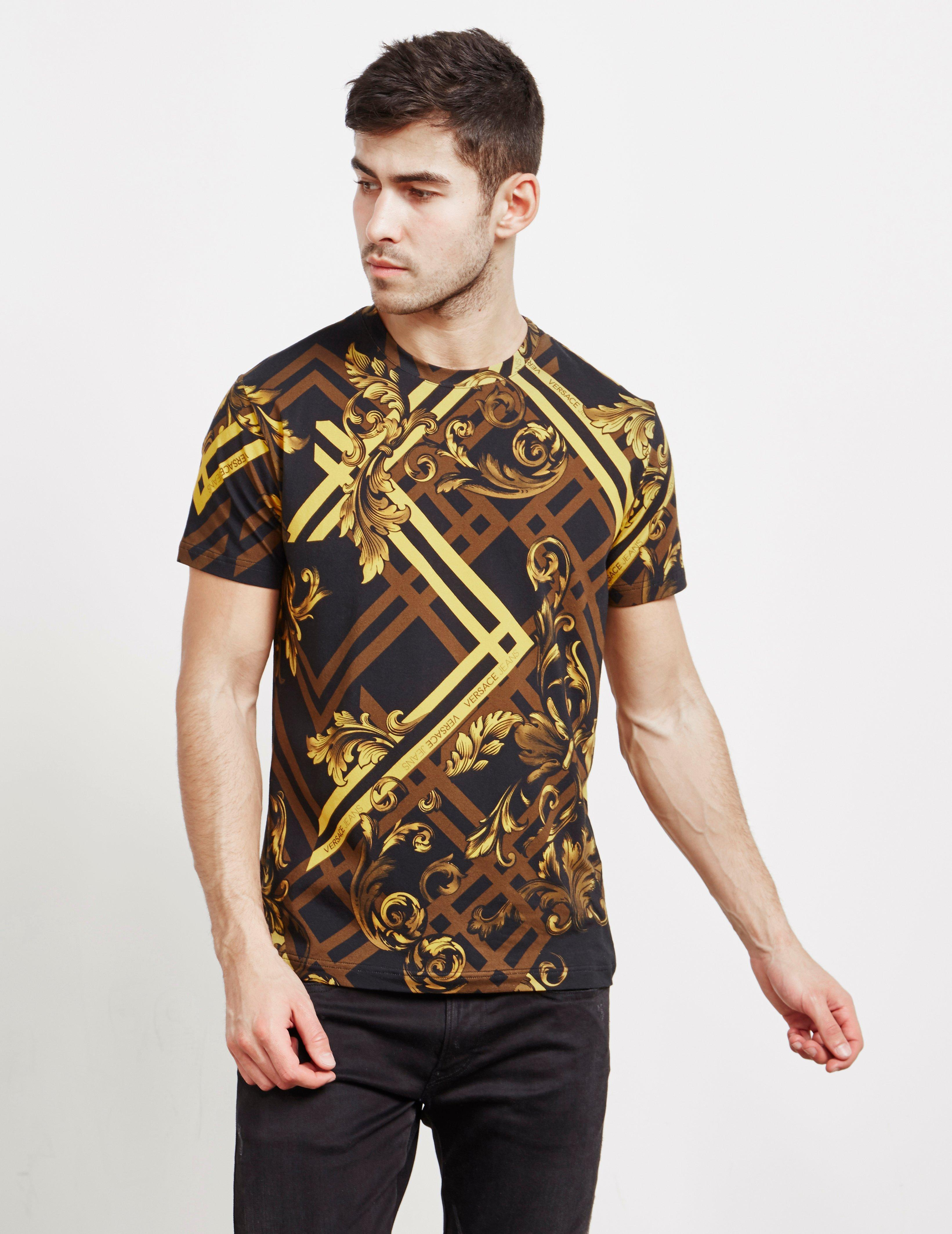9cde32a2 Versace Jeans - Baroque Print Short Sleeve T-shirt Black for Men - Lyst.  View fullscreen