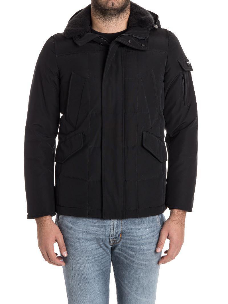 Woolrich. Men's Black Blizzard Field Down Jacket