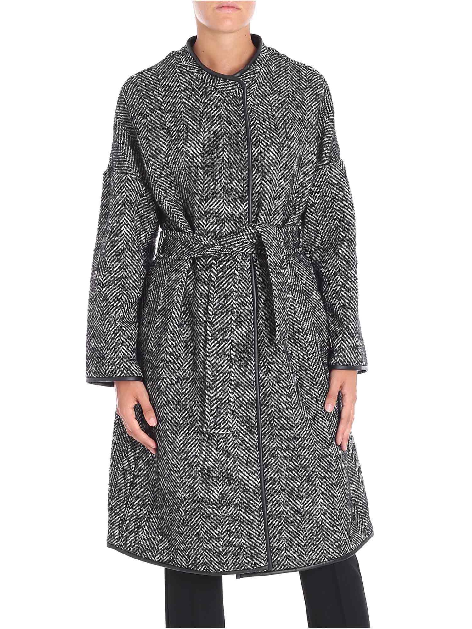 12a24d0d18a Lyst - Pinko Black And White Herringbone Fabric Barile Coat in Black