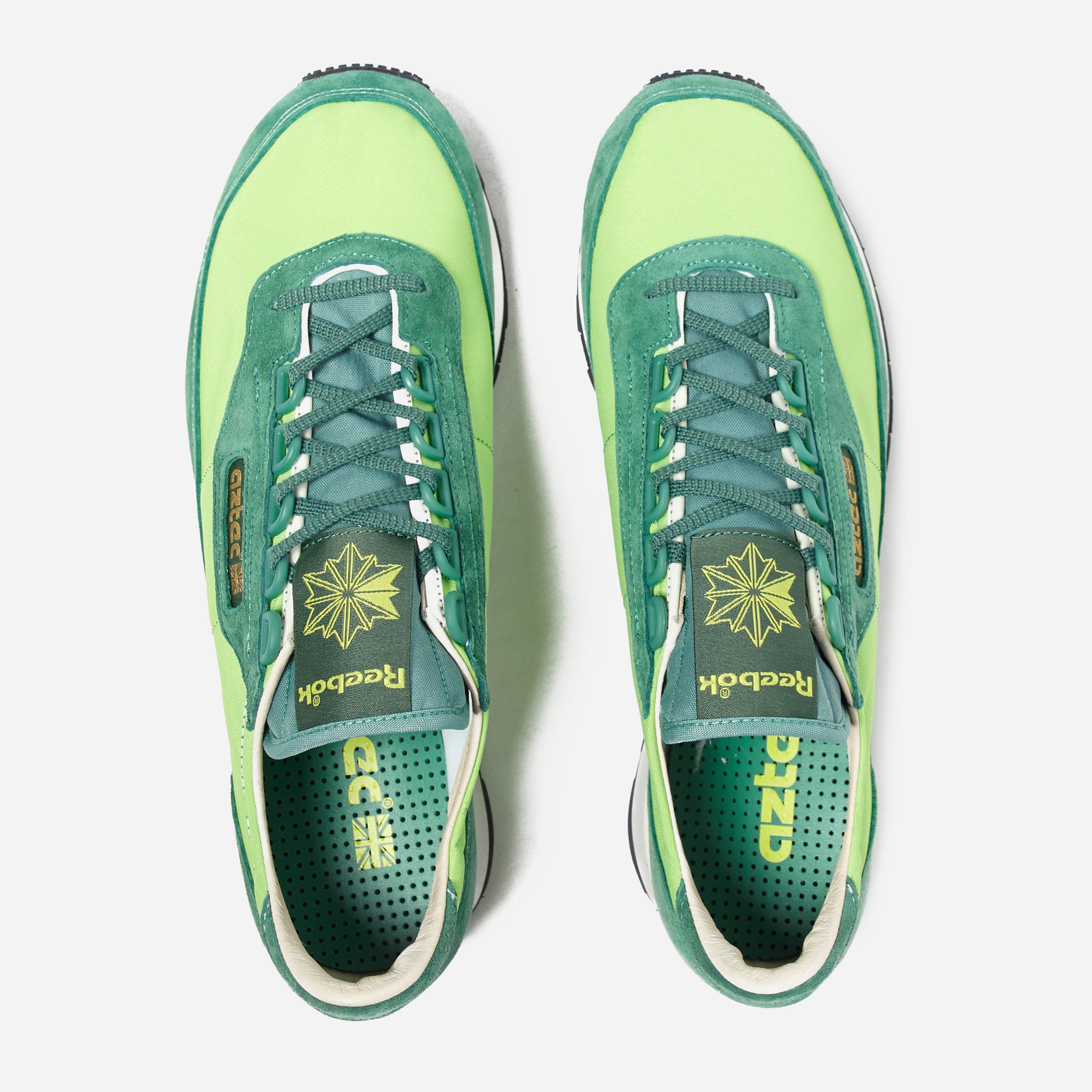 7807512c5fbfe0 Lyst - Reebok Aztec Runner in Green for Men