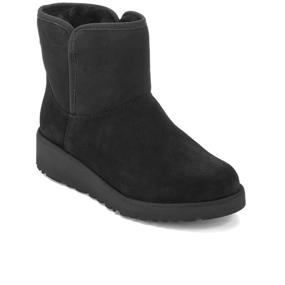 UGG Suede Kristin Classic Slim Sheepskin Boots in Black