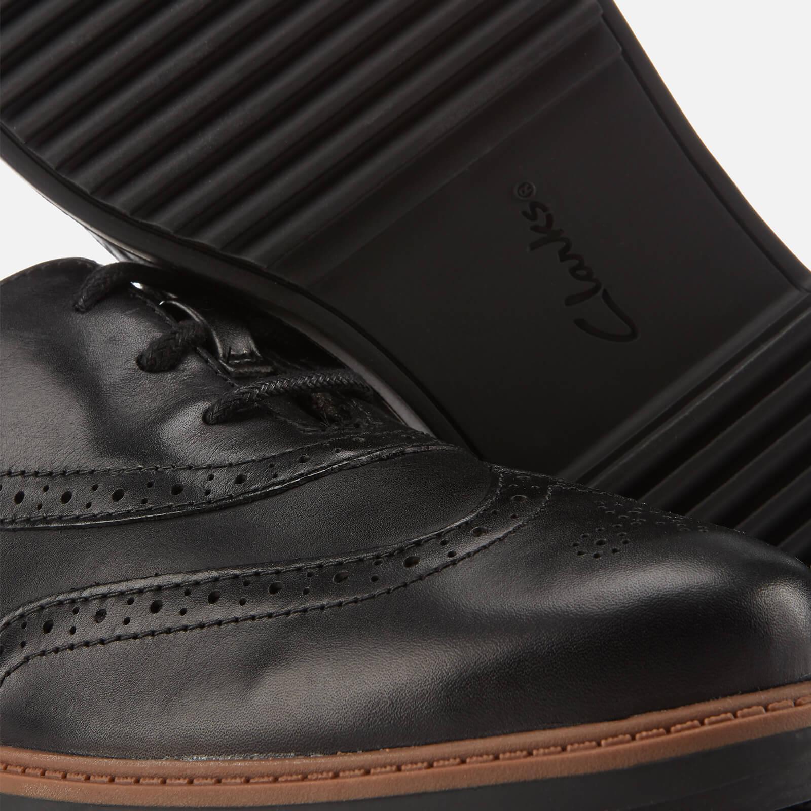 Grasa equilibrar 945  Clarks Raisie Hilde Leather Brogues in Black - Lyst